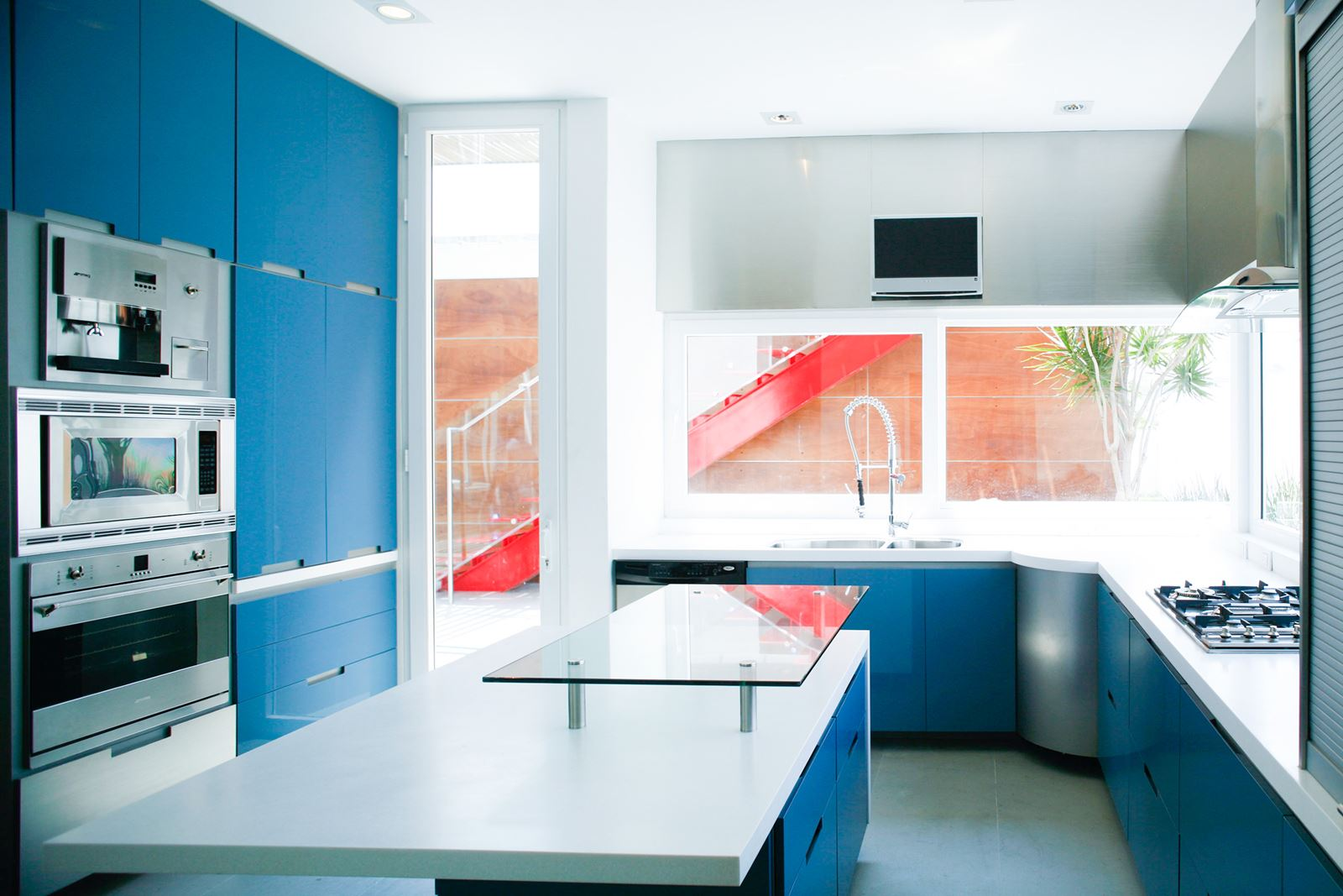 12 Blue Homes That Will Give You (And Me) A Major Case Of Home Envy! (3)