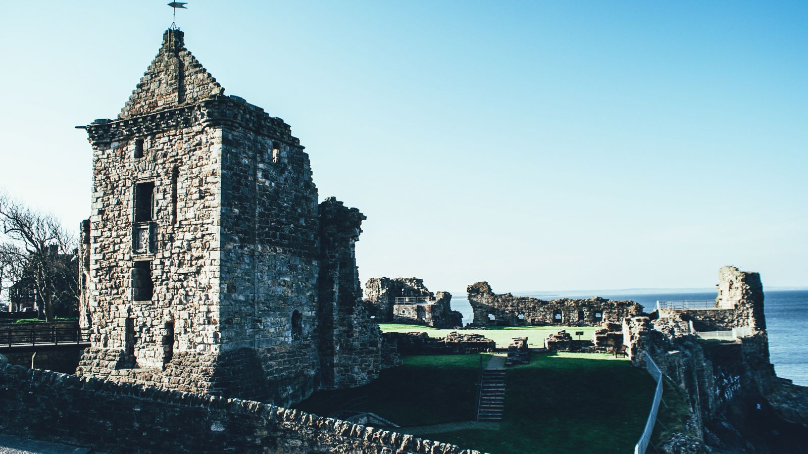 Walking Around St Andrews, Scotland, United Kingdom (27)