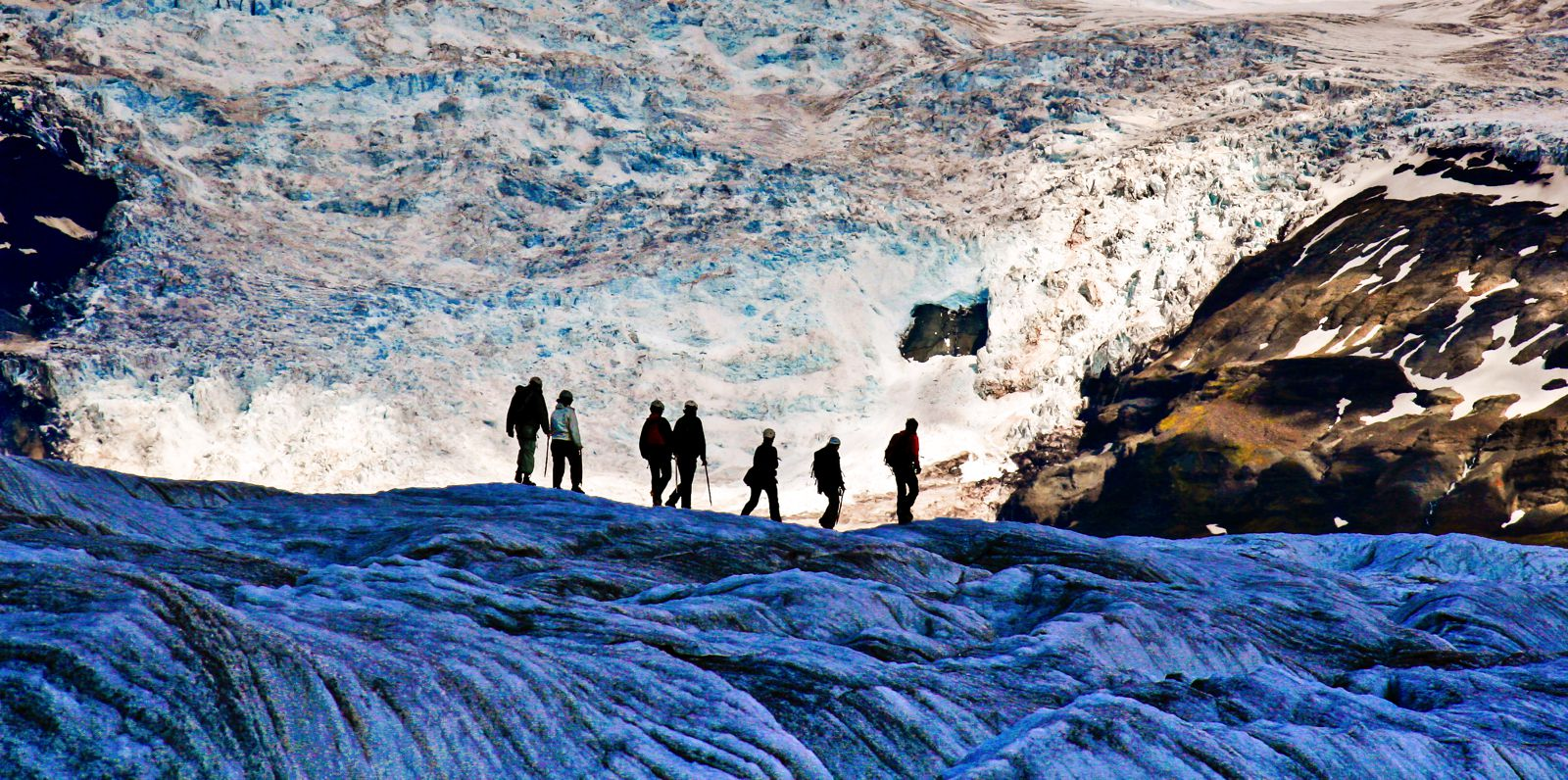 7 Unique Experiences You Need To Have In Iceland! (3)