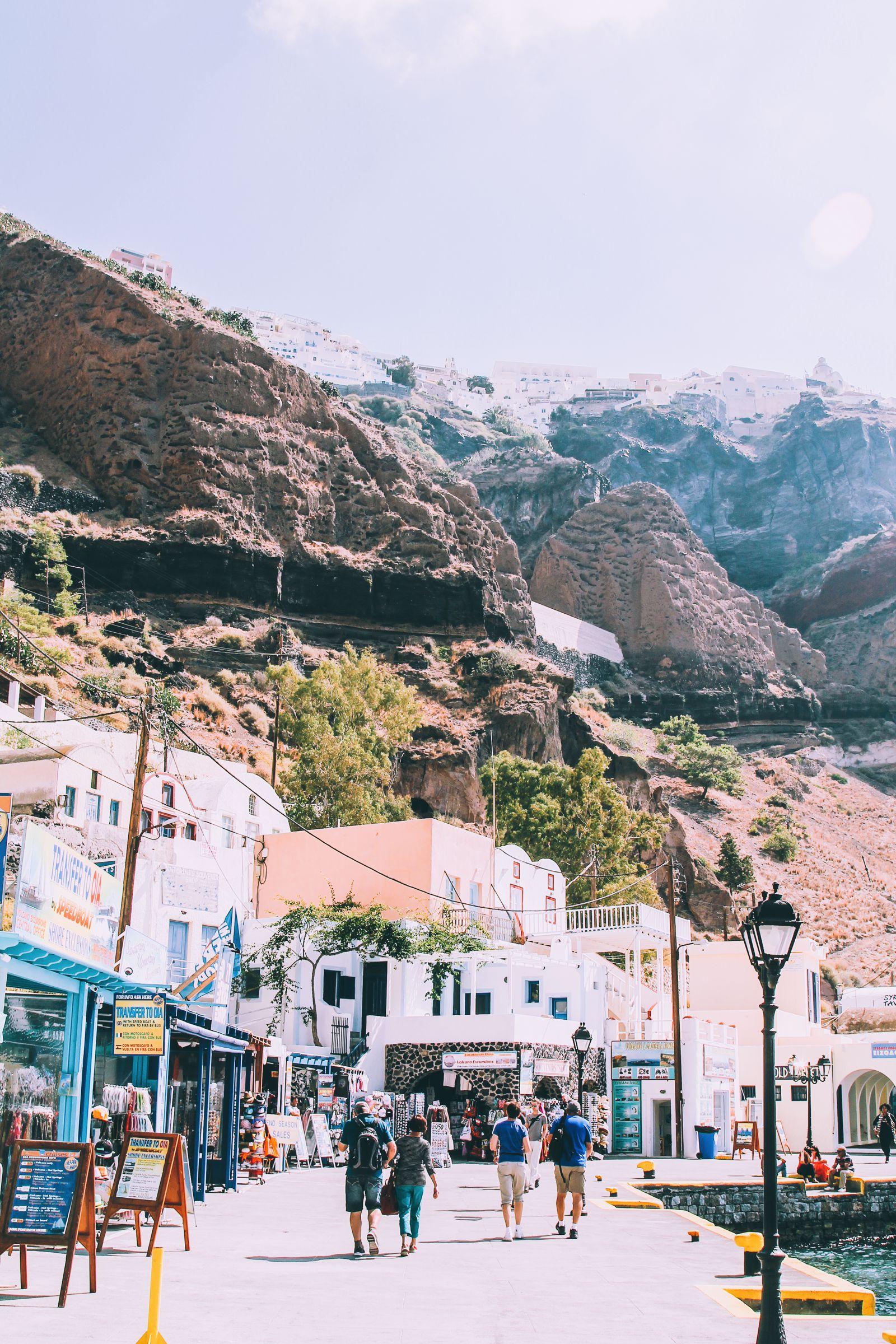 Conquering Volcanos in Santorini, Caldera, Sailing, Boat Trip, Greece (5)