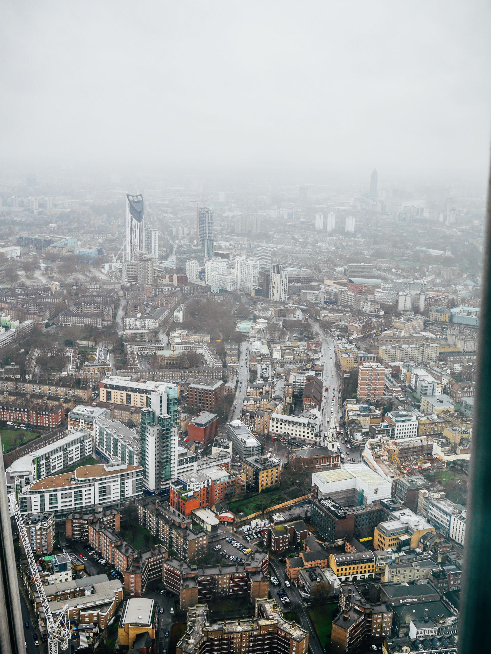 A Tinggly Experience In London, The Shard, Azzuro Restaurant (12)