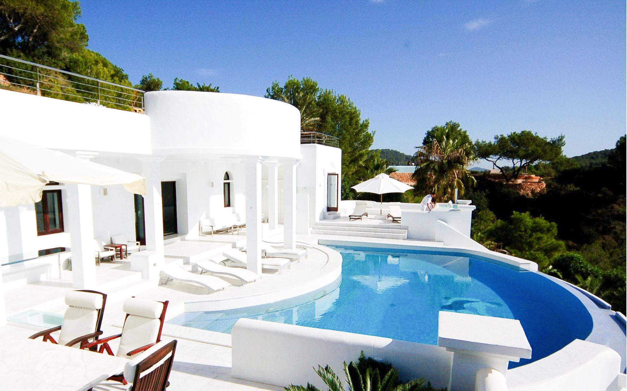 Summertime in Ibiza! Which Of These 5 Places Would You Choose? (4)