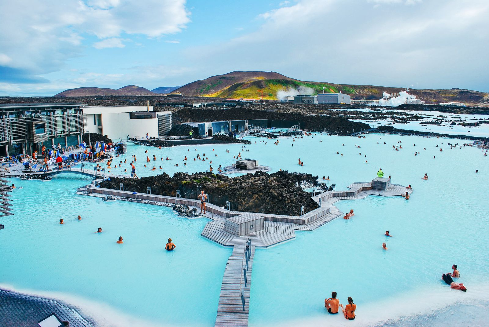 7 Unique Experiences You Need To Have In Iceland! (1)