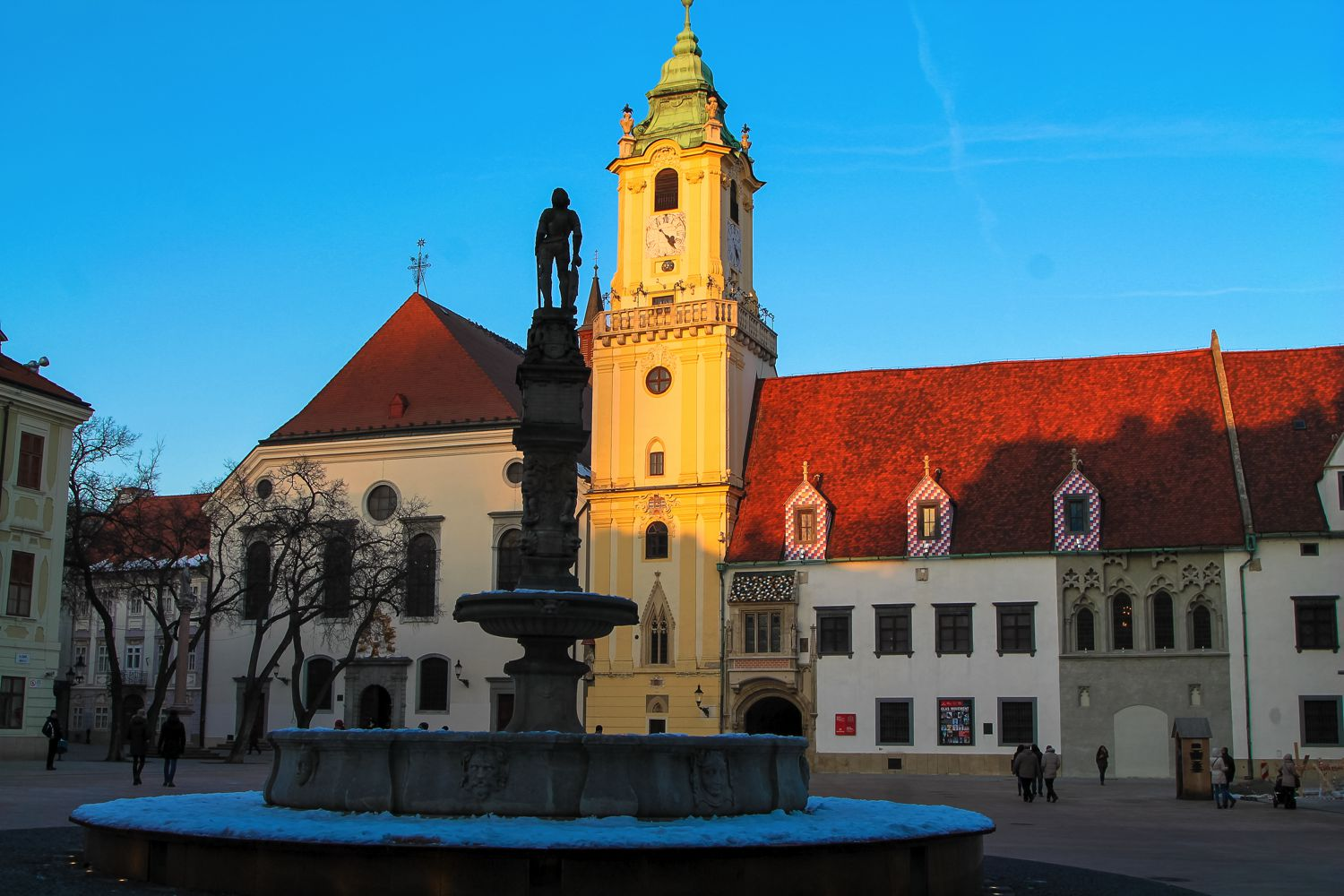 22 Sights You Have To See In Bratislava! (2)