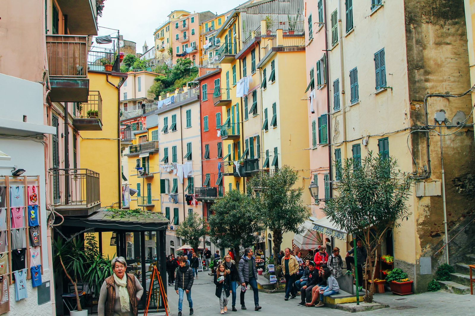 Riomaggiore in Cinque Terre, Italy - The Photo Diary! [1 of 5] (19)