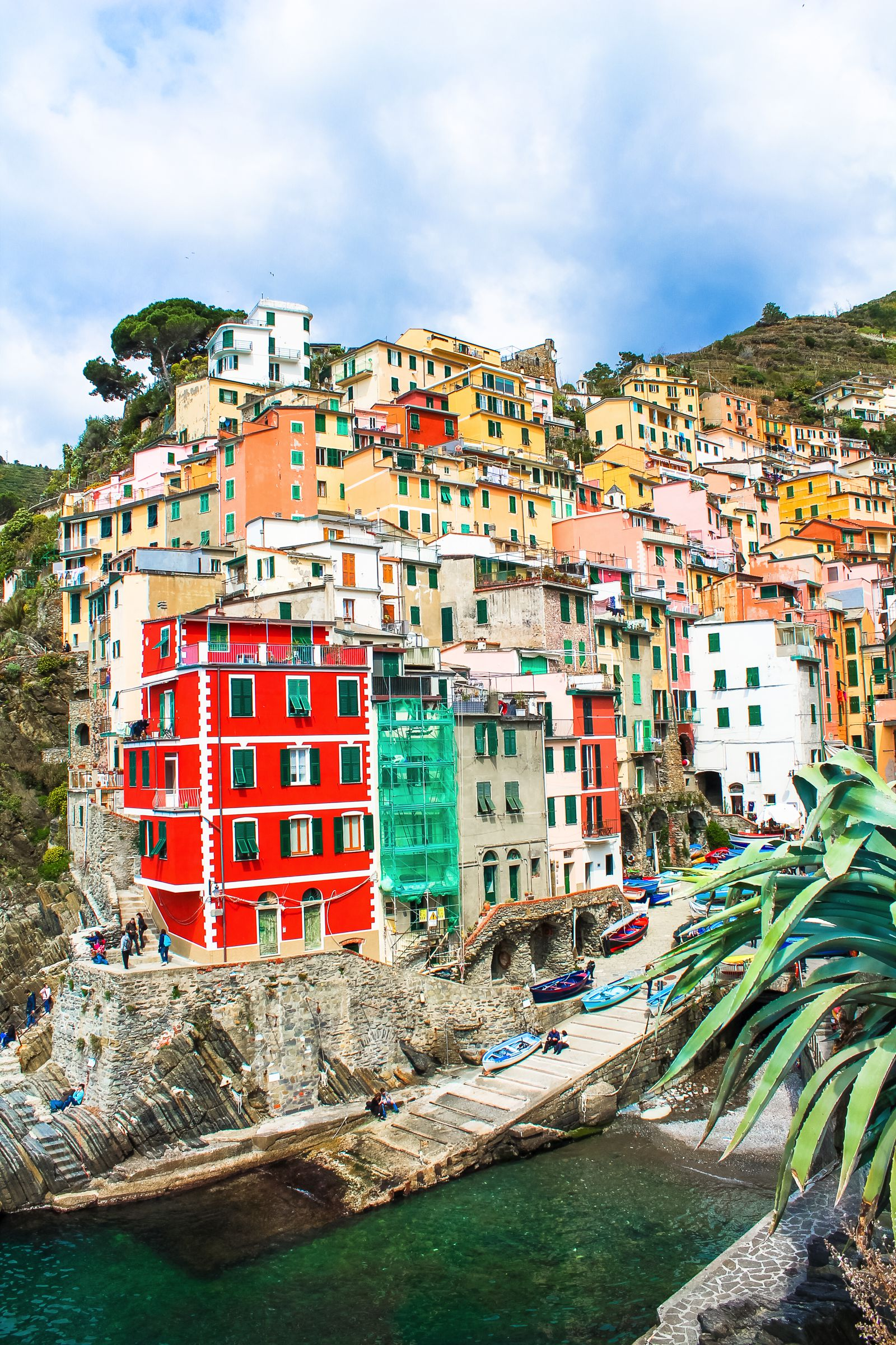 Riomaggiore in Cinque Terre, Italy - The Photo Diary! [1 of 5] (4)