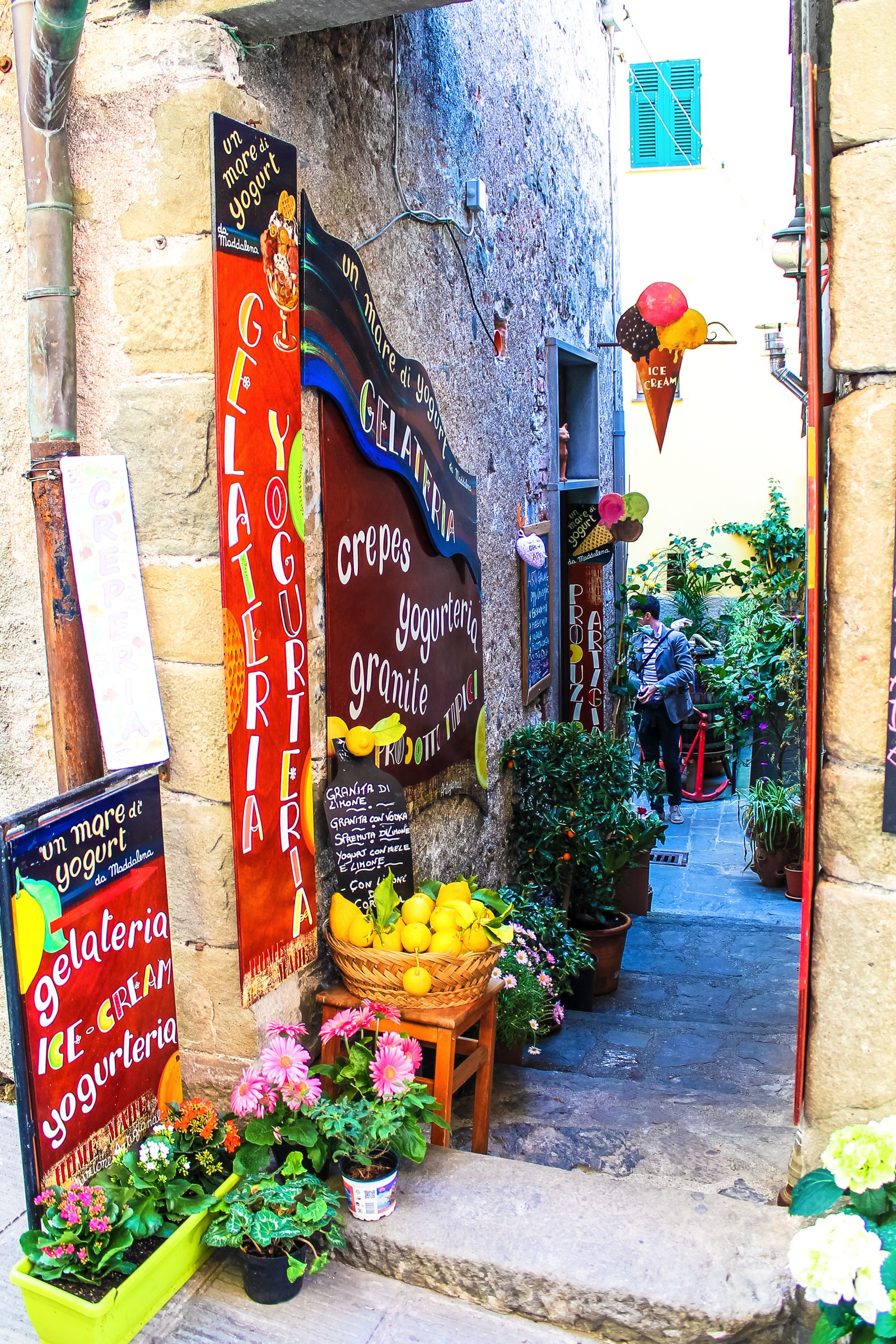 The Complete Guide To Visiting Cinque Terre in Italy! (24)