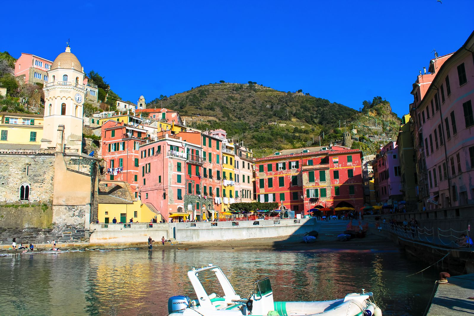 The Complete Guide To Visiting Cinque Terre in Italy! (28)