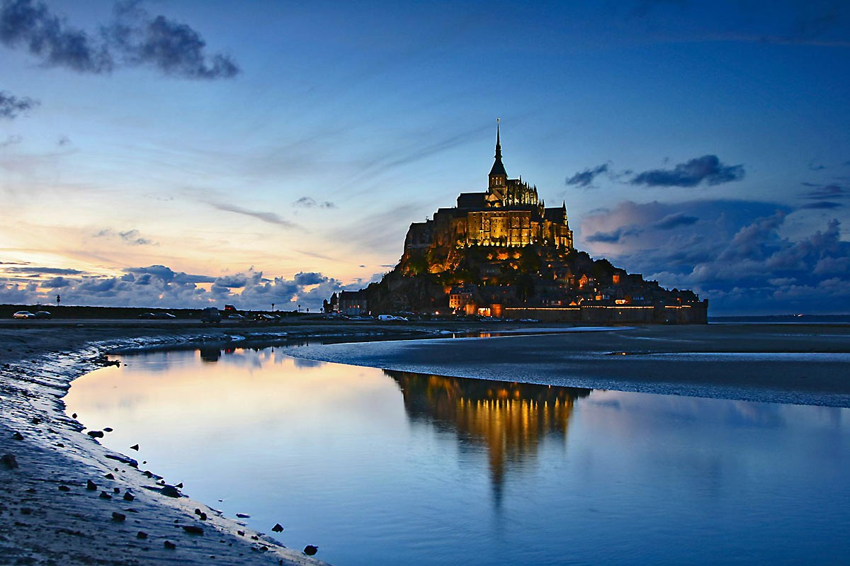 15 Spectacularly Beautiful Places You Must Visit When In France (11)