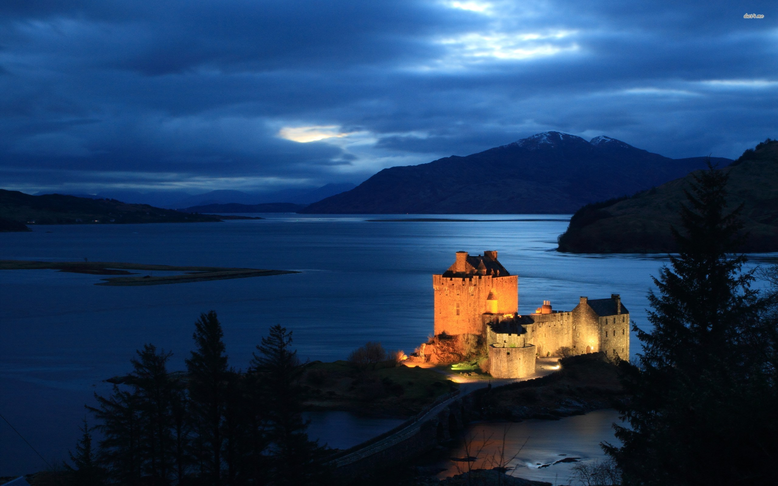 The Complete Guide To Travelling Across The Highlands Of Scotland In The UK (3)