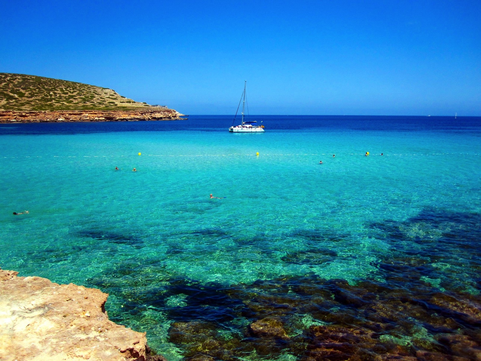 18 Little European Islands that Should be On Every Travellers Radar this year! (2)