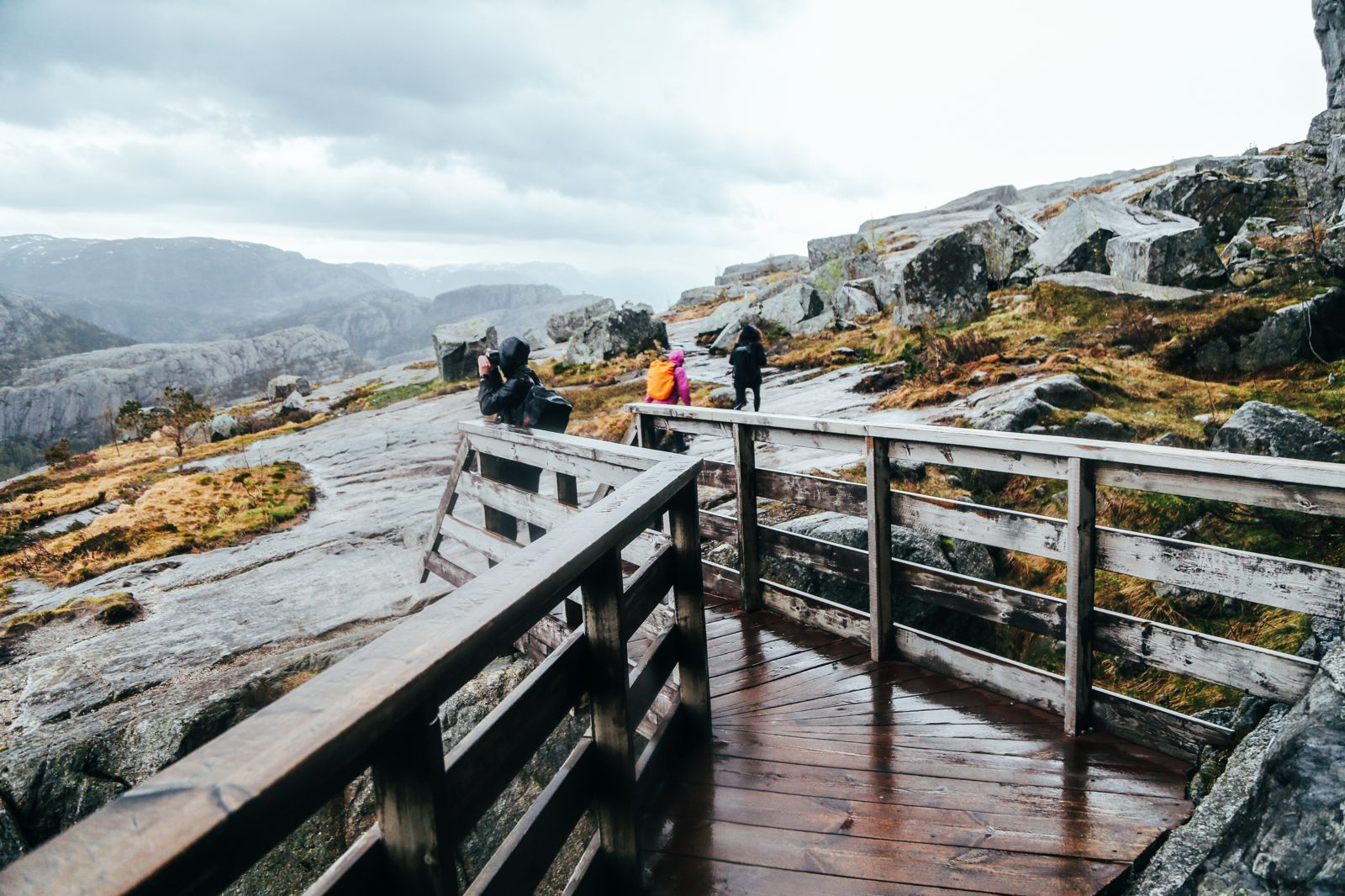 How To See The Lysefjord AND Get To The Very Edge Of Pulpit Rock In Norway! (39)