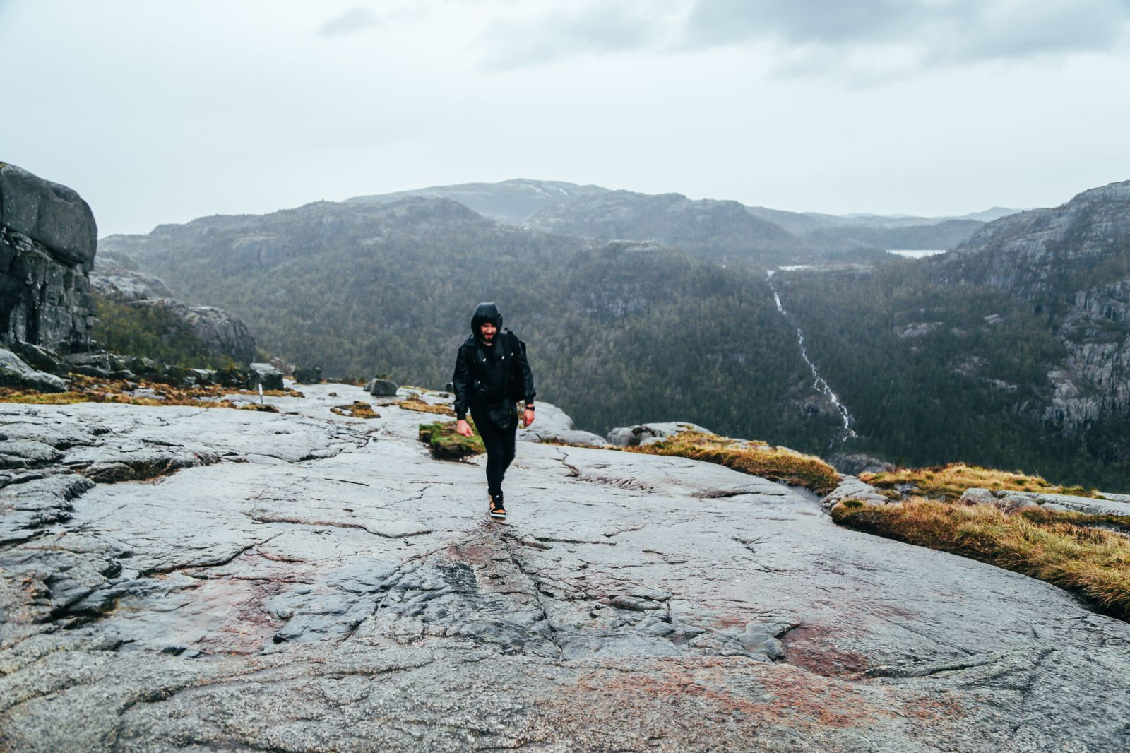 How To See The Lysefjord AND Get To The Very Edge Of Pulpit Rock In Norway! (40)