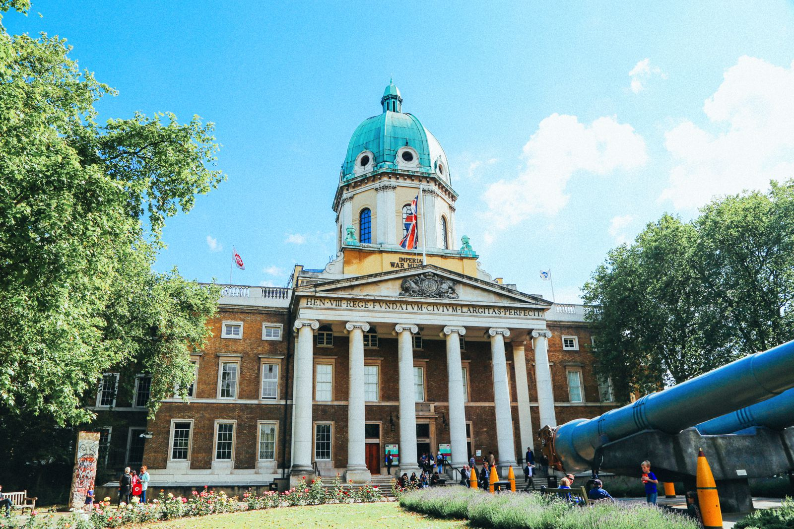 Lazy London Summer Afternoons... Borough Market and Imperial War Museum (30)