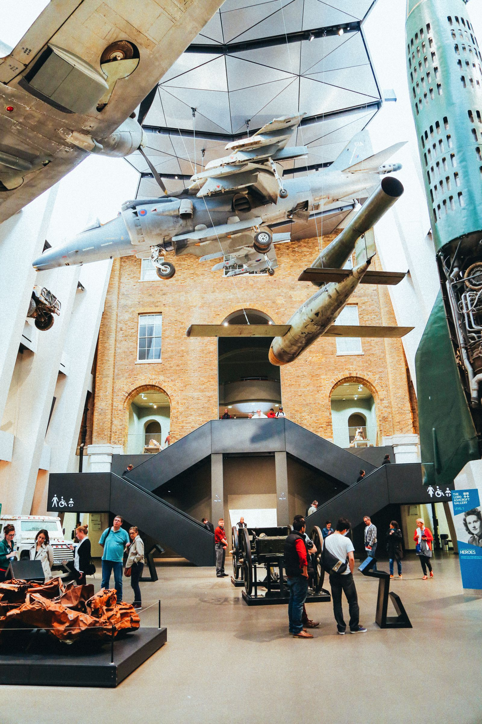 Lazy London Summer Afternoons... Borough Market and Imperial War Museum (46)