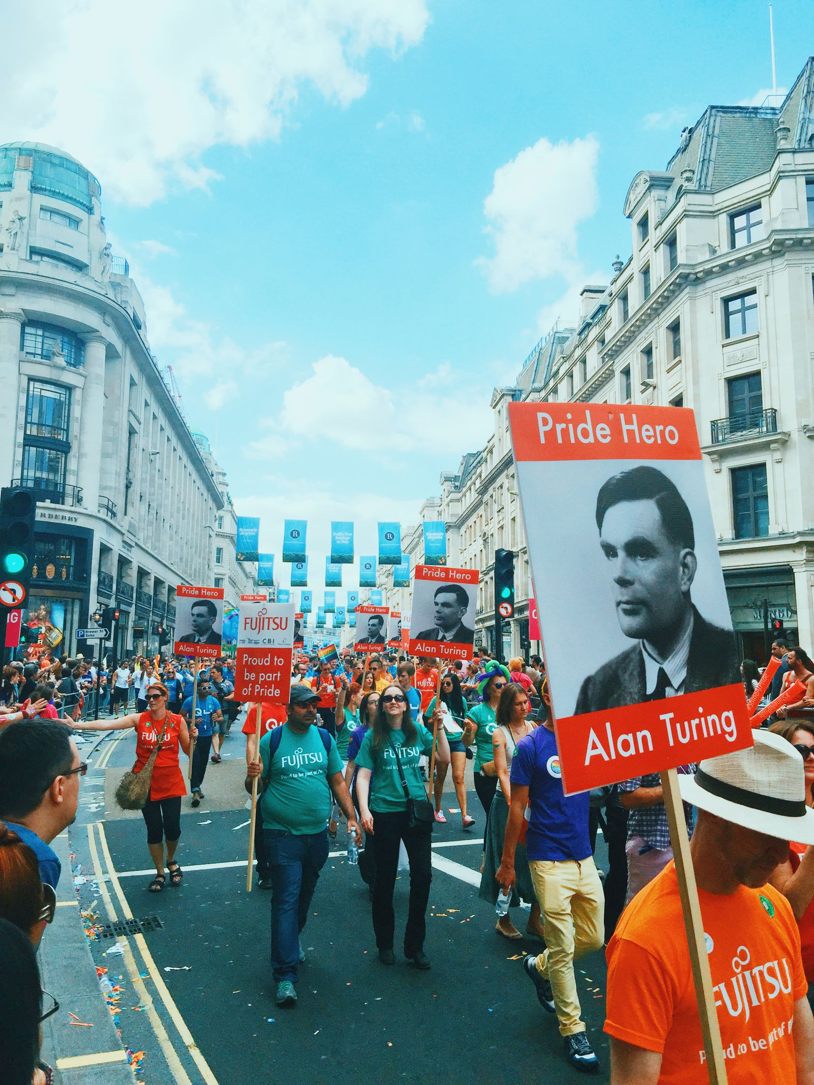 There Was A Party In London This Weekend... Pride in London (41)