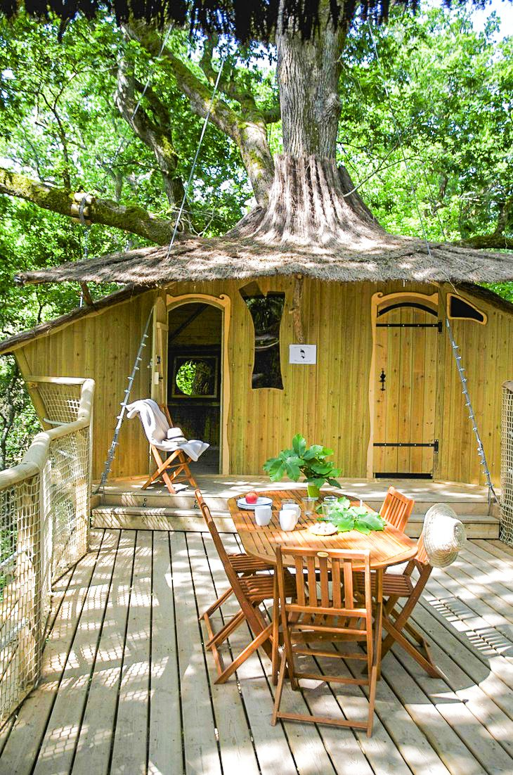 10 Gloriously Quirky Tree Houses To Visit This Year! (13)
