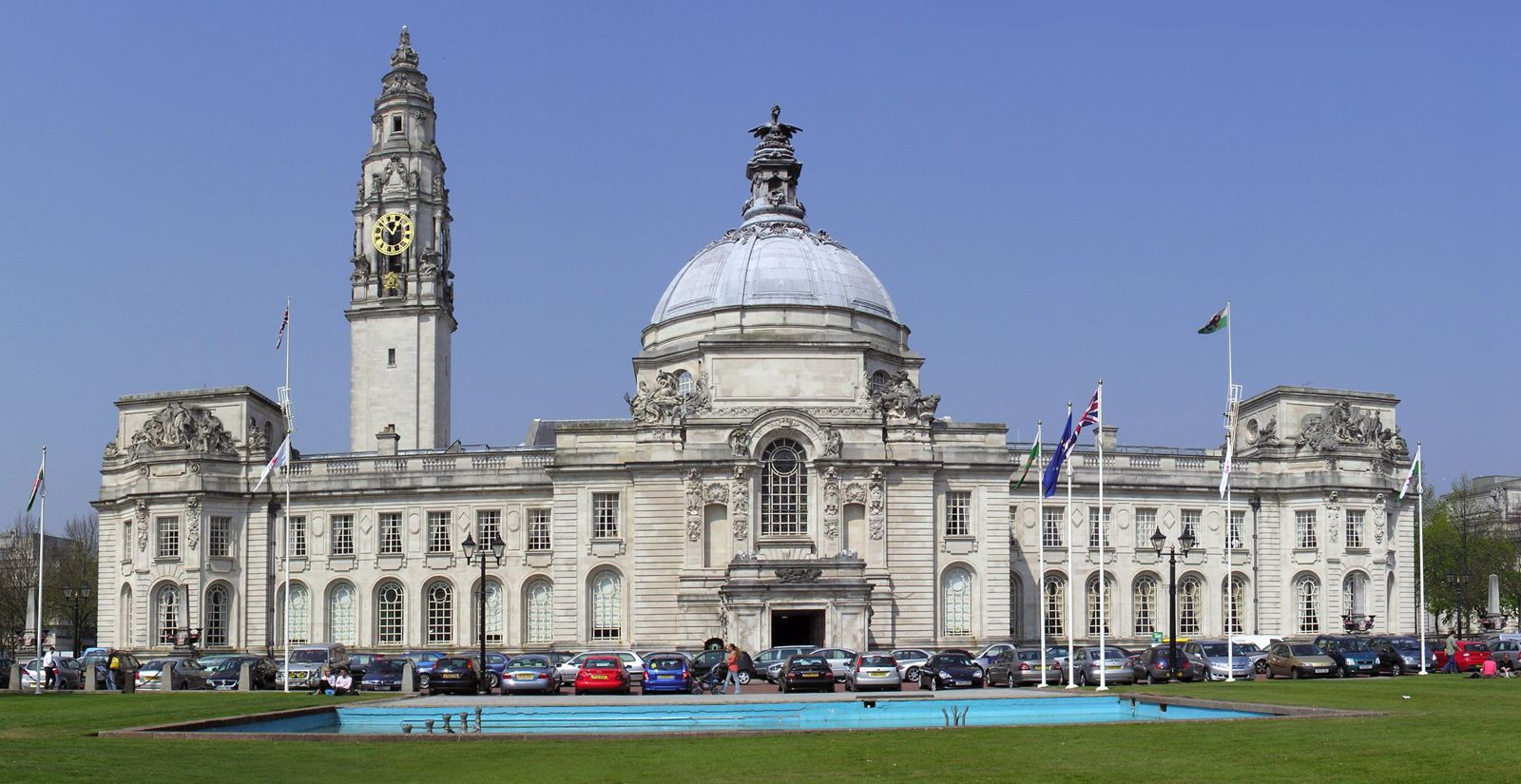 14 Cities Outside of London That You Need To Visit In The UK! (26)