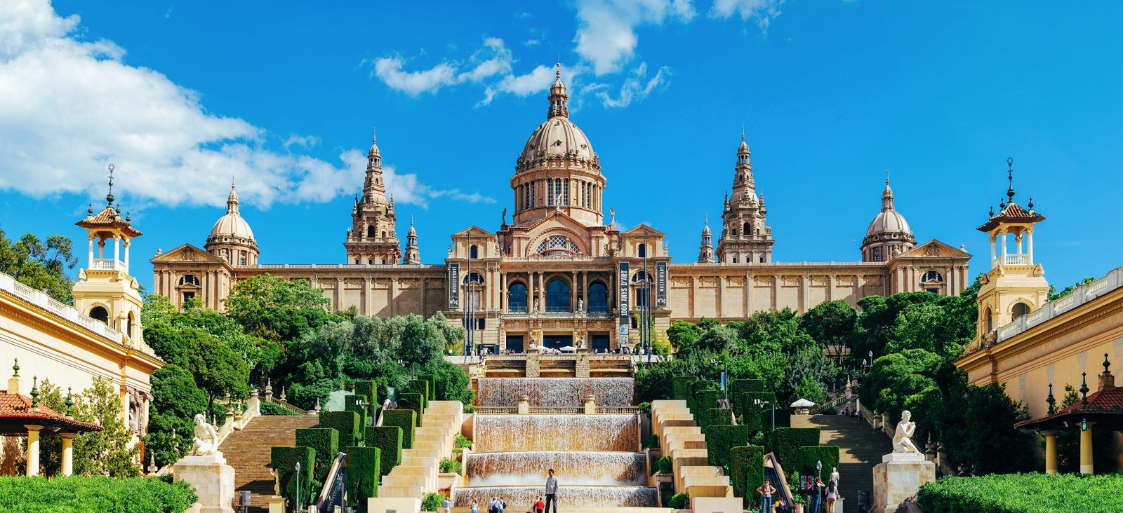 22 Sights You Have To See When You Visit Barcelona, Spain... (8)