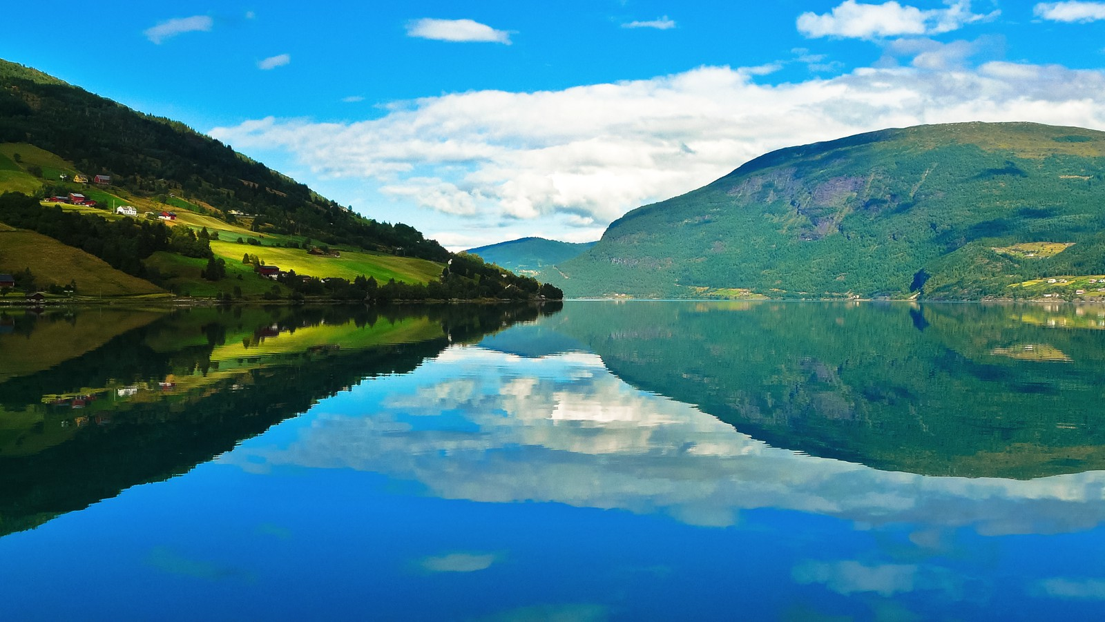 These Are The 8 Fjords You HAVE To Visit In Norway! (14)