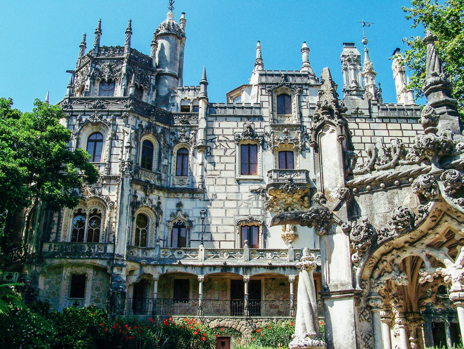 8 Reasons Why You Have To Visit Sintra In Portugal! (4)