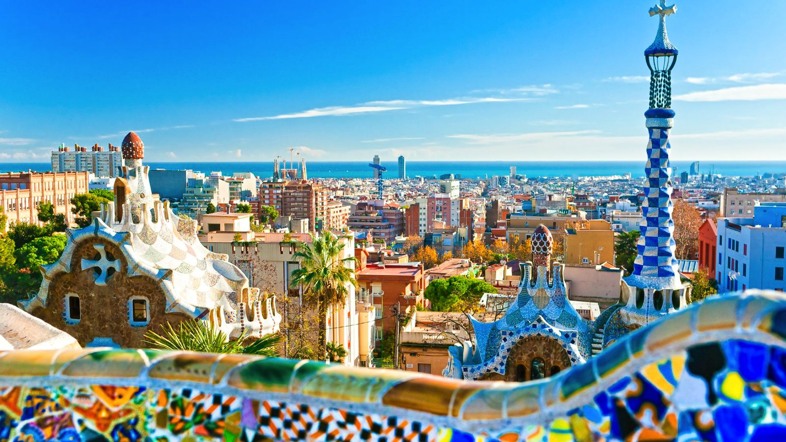 22 Sights You Have To See When You Visit Barcelona, Spain... (6)