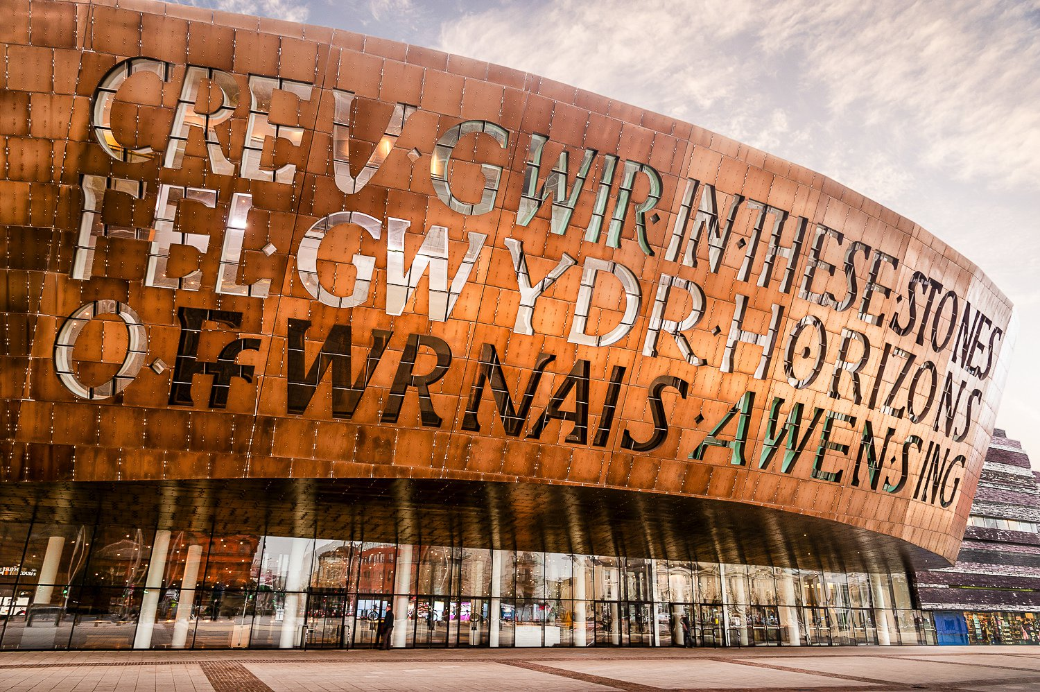 15 Magnificent Experiences in Wales! The Most Magical Country in The World! (1)