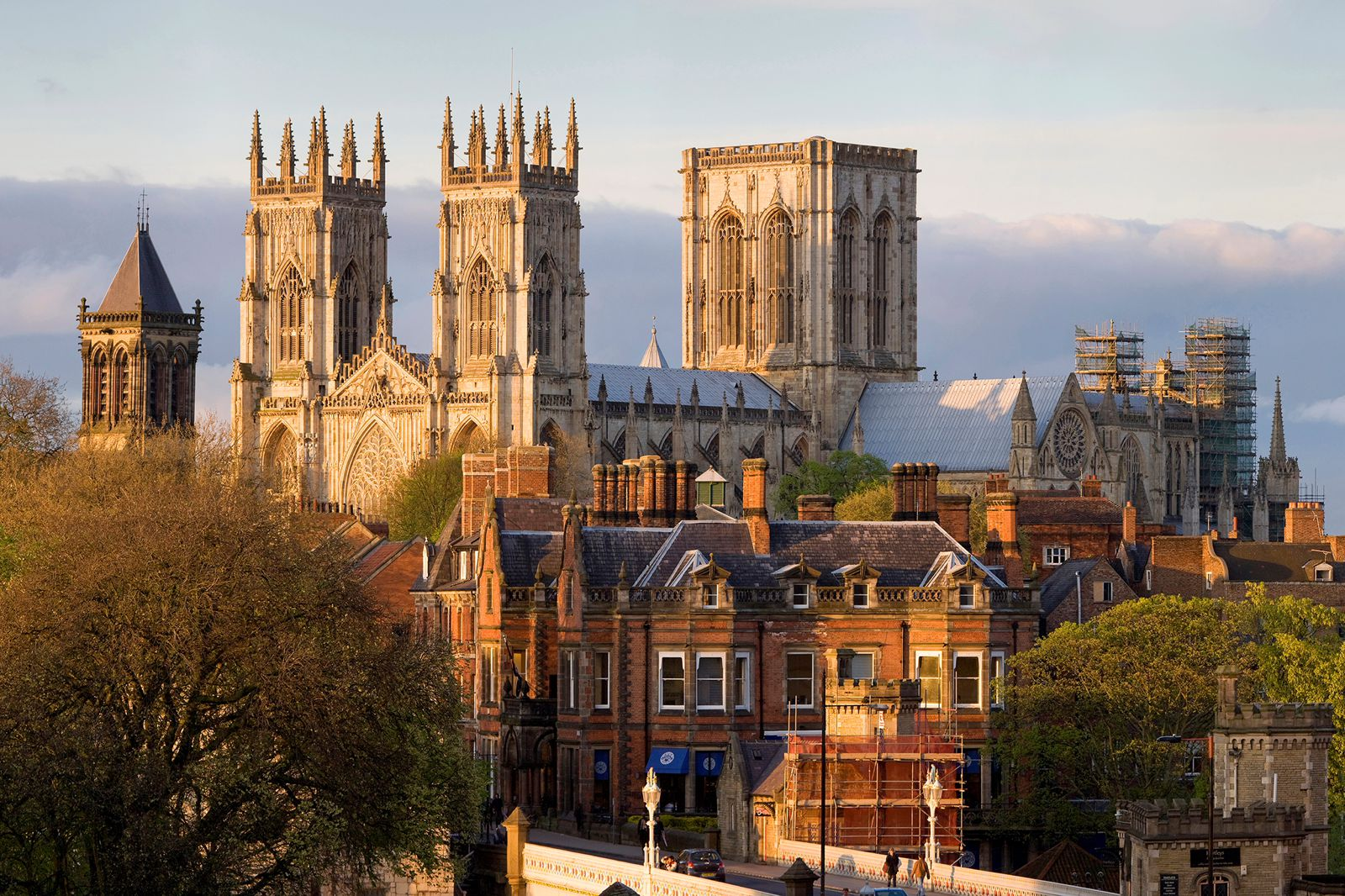 14 Cities Outside of London That You Need To Visit In The UK! (2)