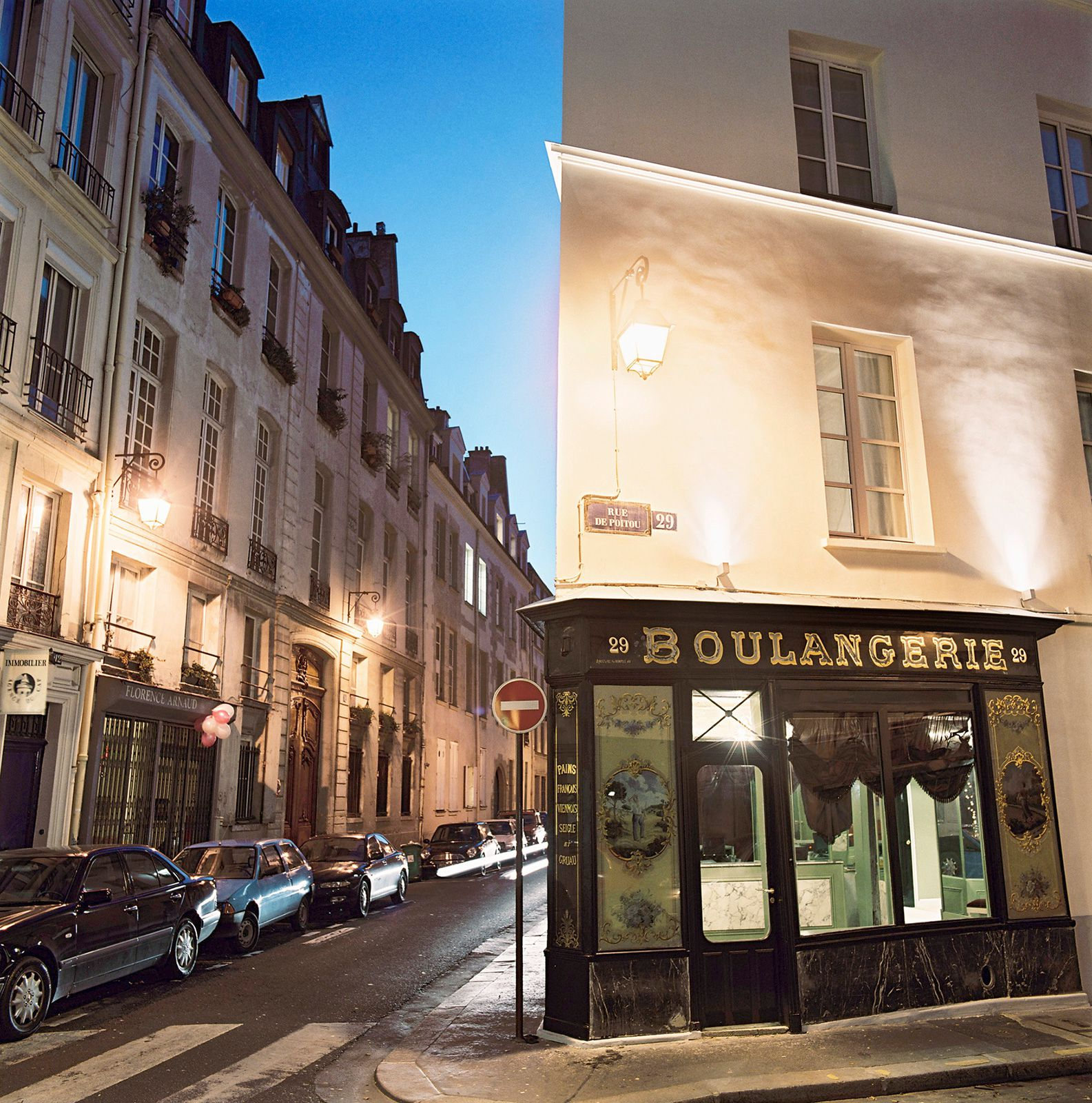 Planning A Luxury stay In Paris? Try The Hotel Petit Moulin (1)