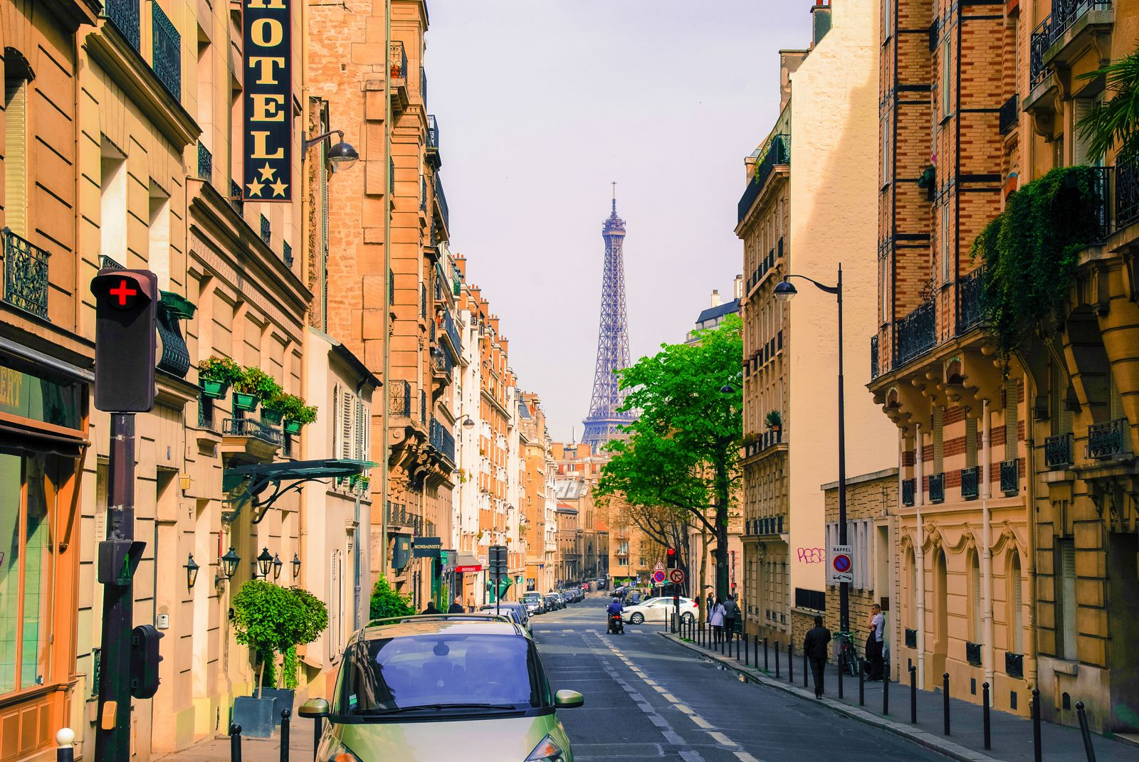 How To Organise A Perfect Weekend In Paris For Less (19)