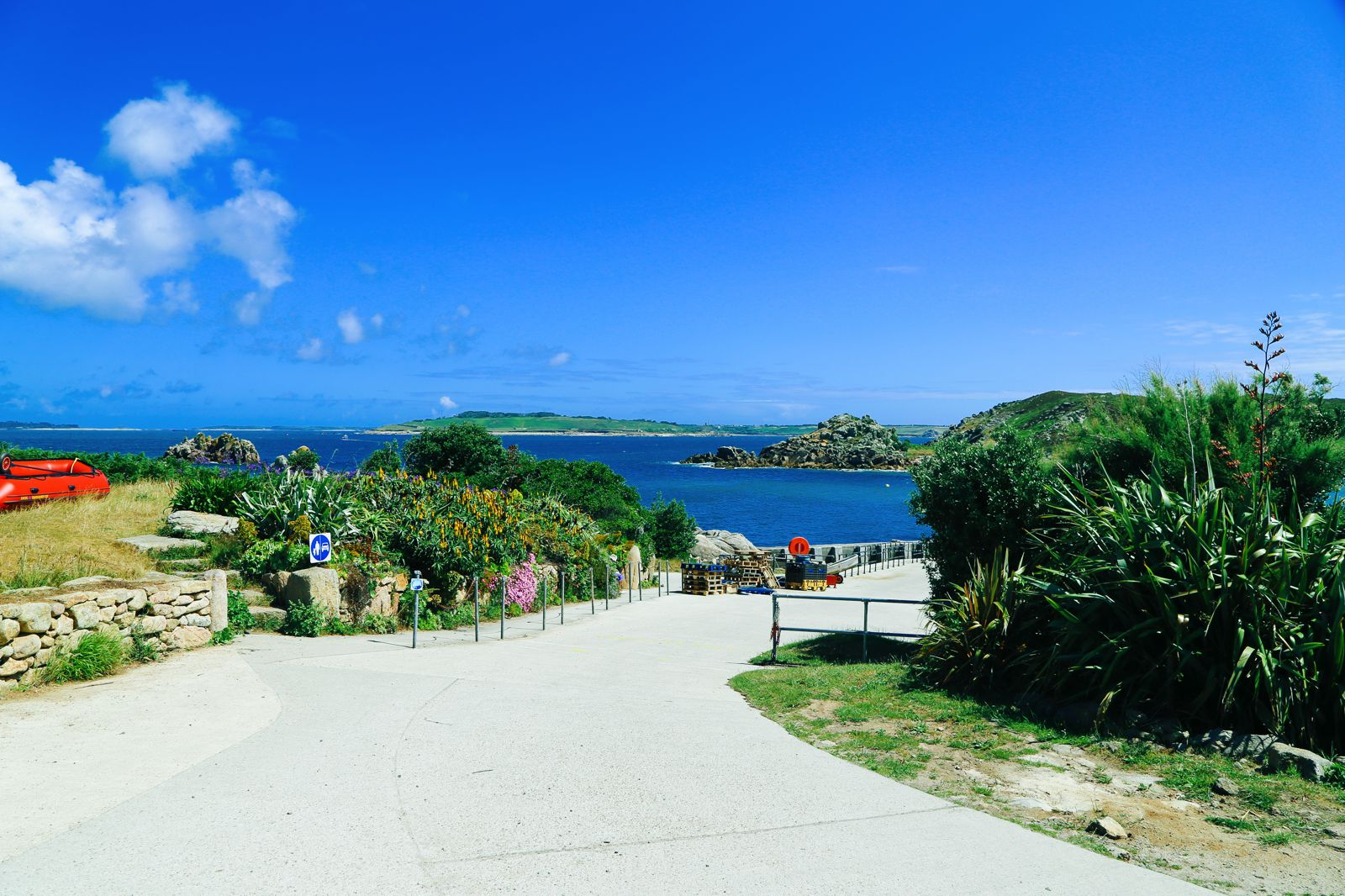 Birds Of A Feather And The Clear Blues Of St Agnes Island, Isles of Scilly (25)