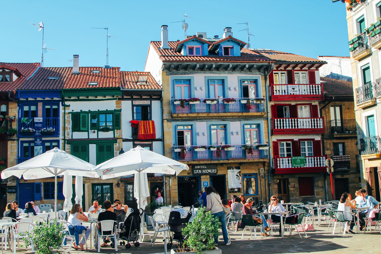9 Things To Know About Visiting The Basque Country In Spain - Hand