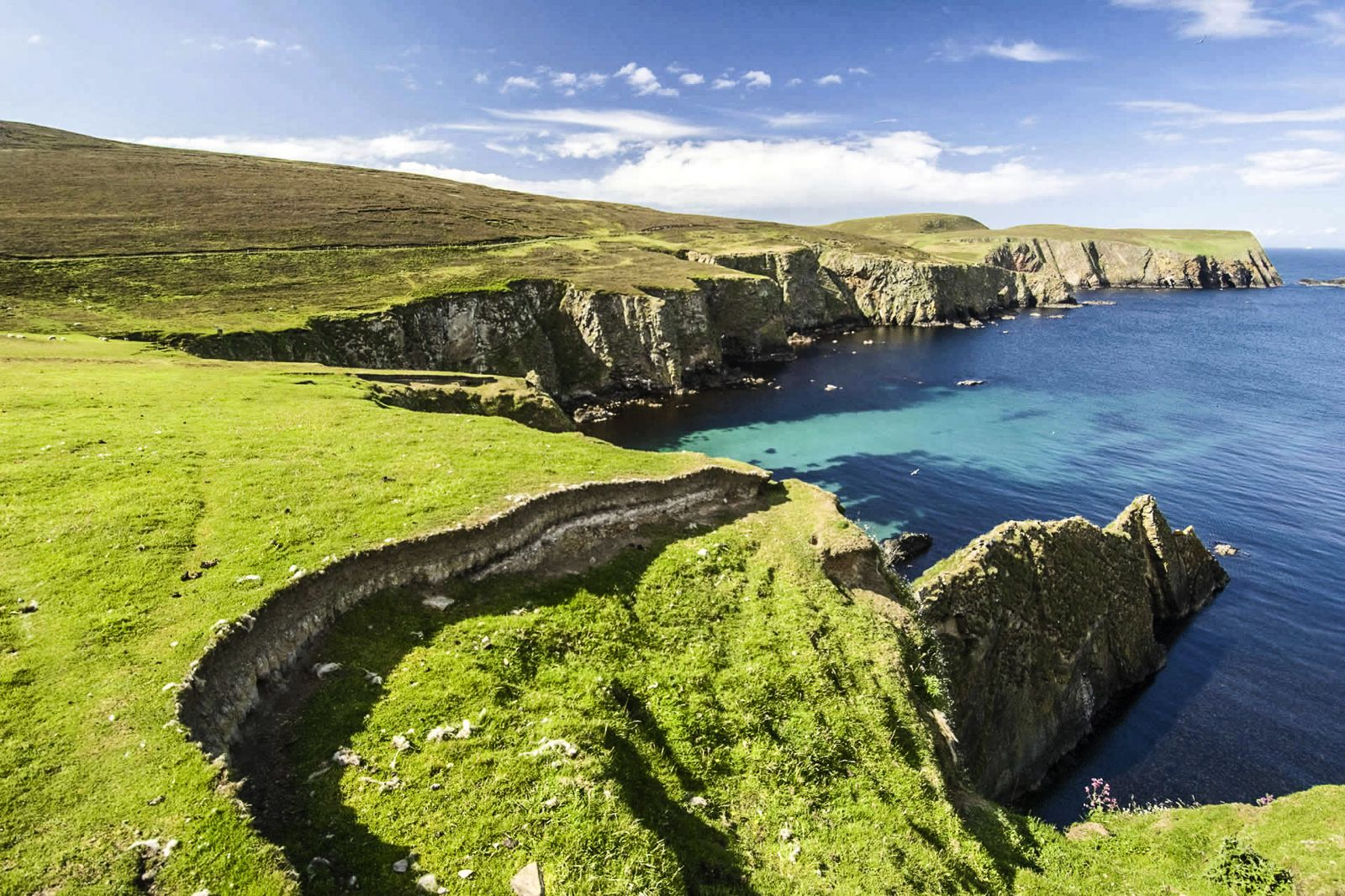 10 Secret Scottish Islands That Every Traveller Must Visit (1)