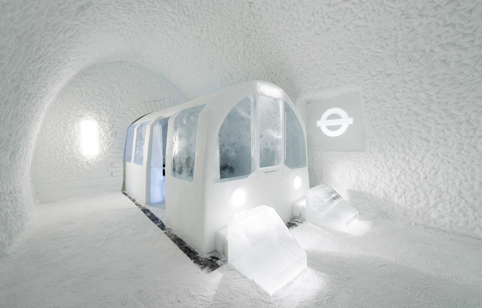 How, Where And Why To Stay At A Unique Hotel Made Of Ice (9)