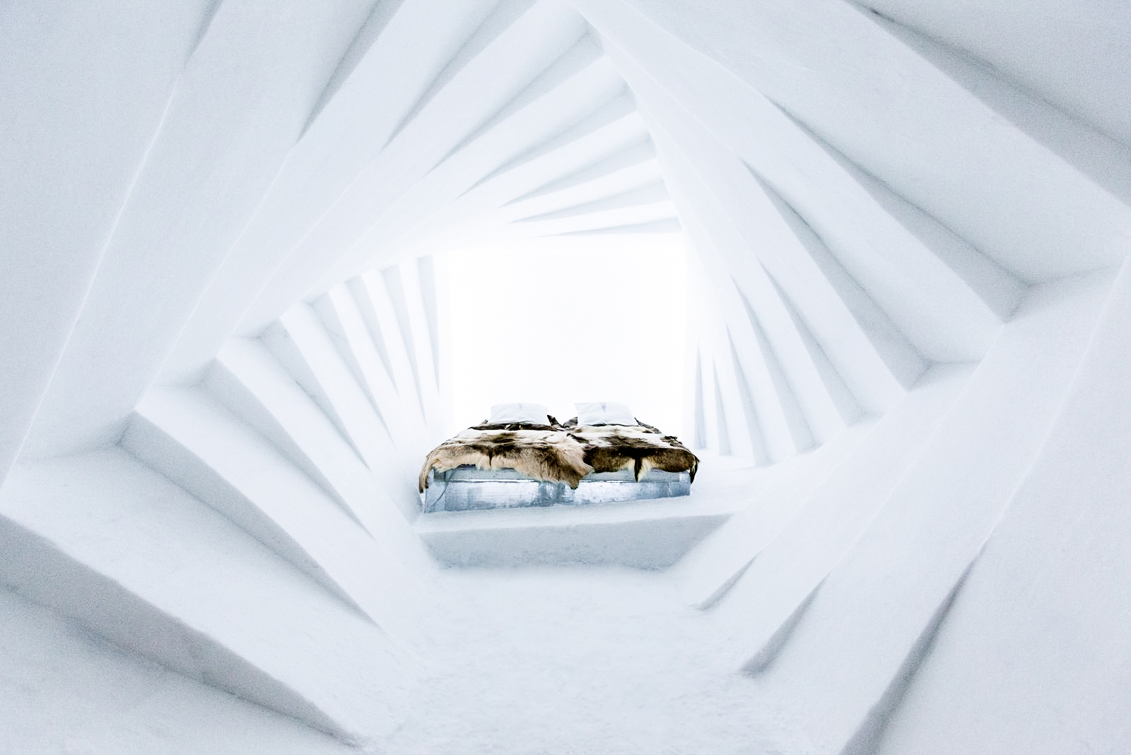 How, Where And Why To Stay At A Unique Hotel Made Of Ice (6)