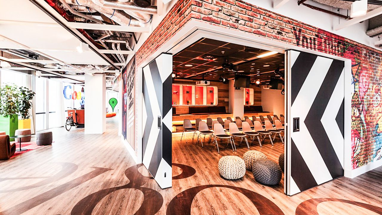 cool office.  Office Ultra Cool Office Spaces That You Will Want To Work In 1  With