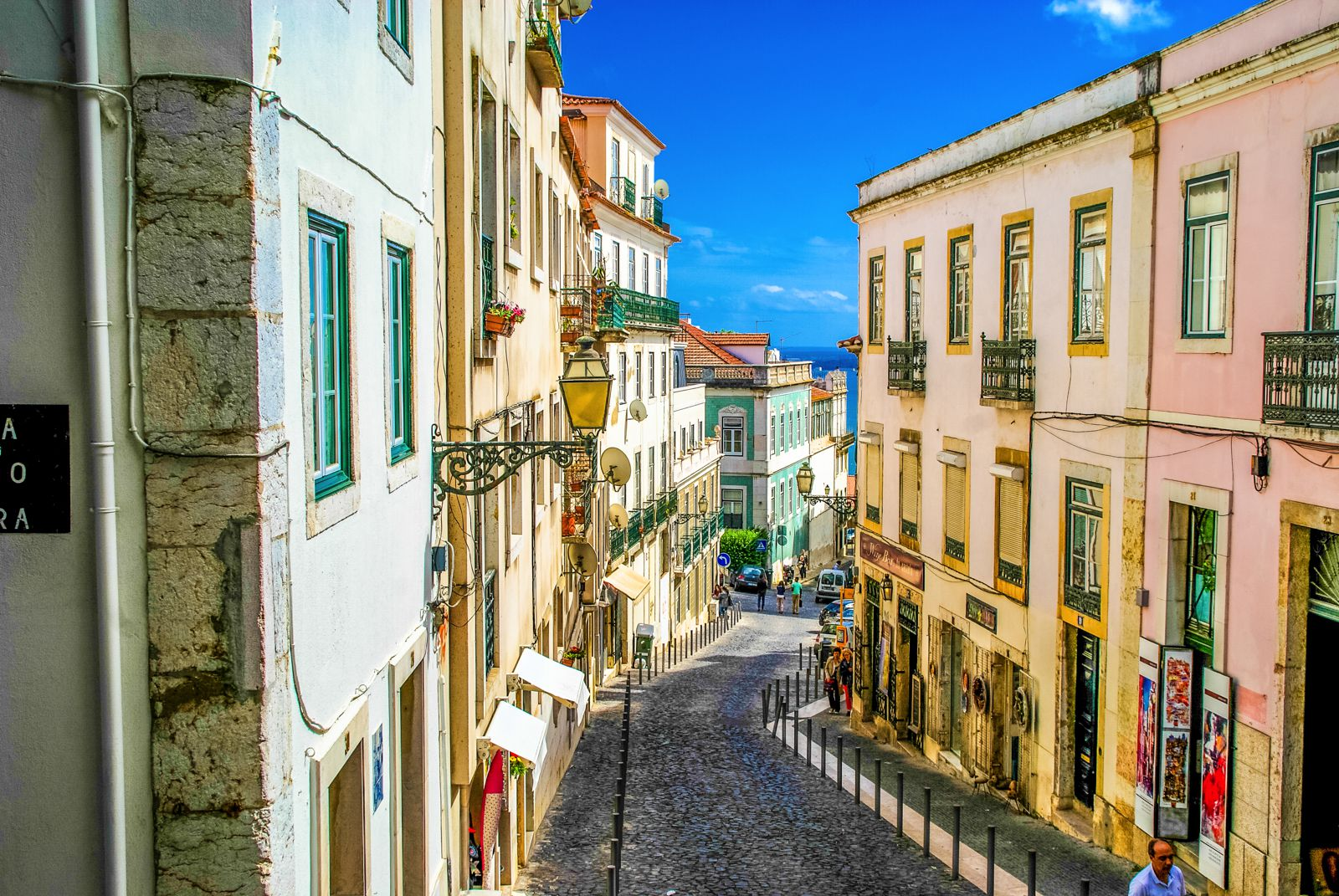 How To Spend The Perfect Weekend in Lisbon, Portugal (22)