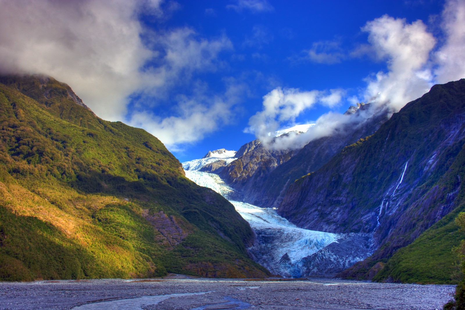 11 Unique Experiences You Need To Have In New Zealand (4)