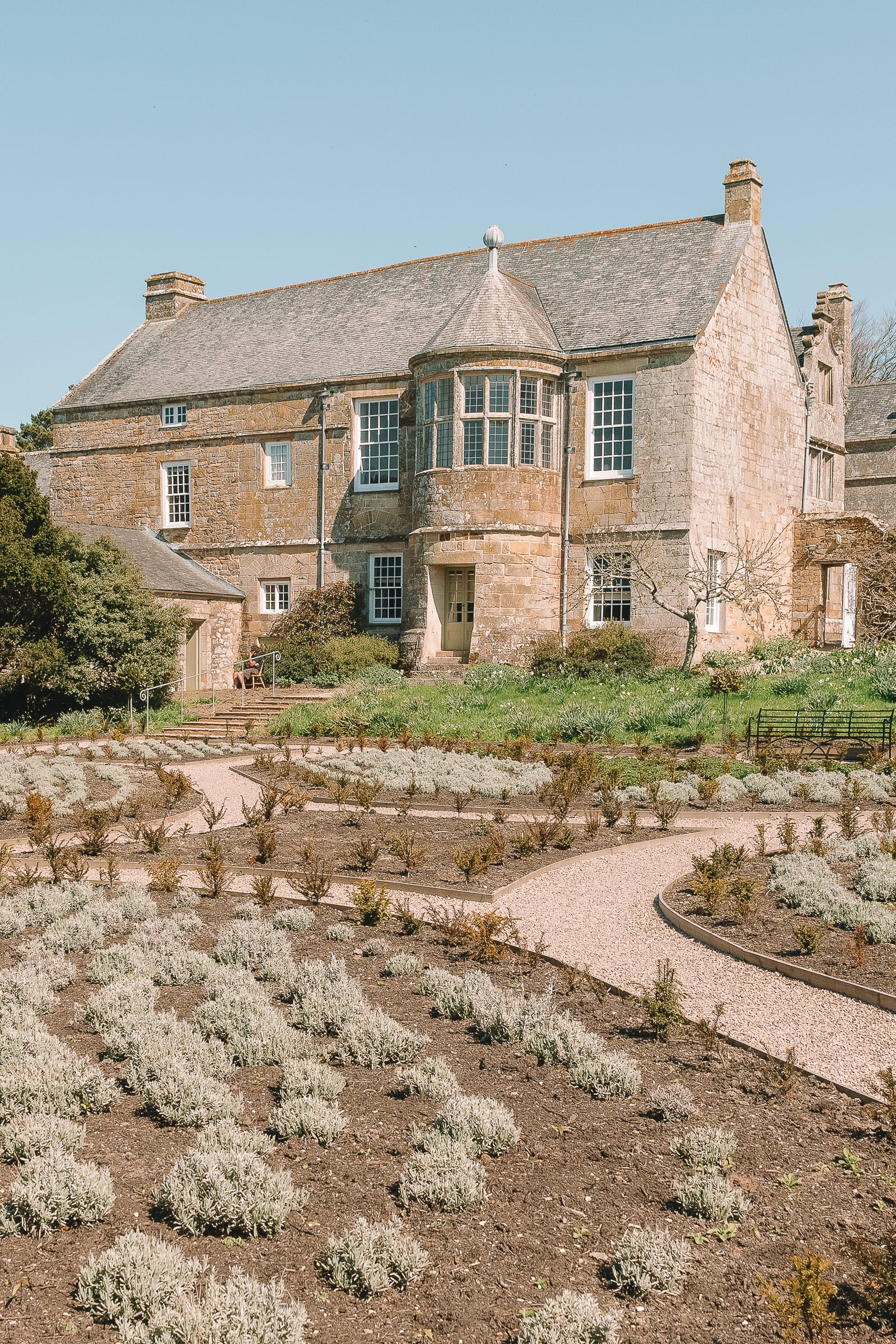7 Best Manors And Castles In Cornwall To Visit (7)