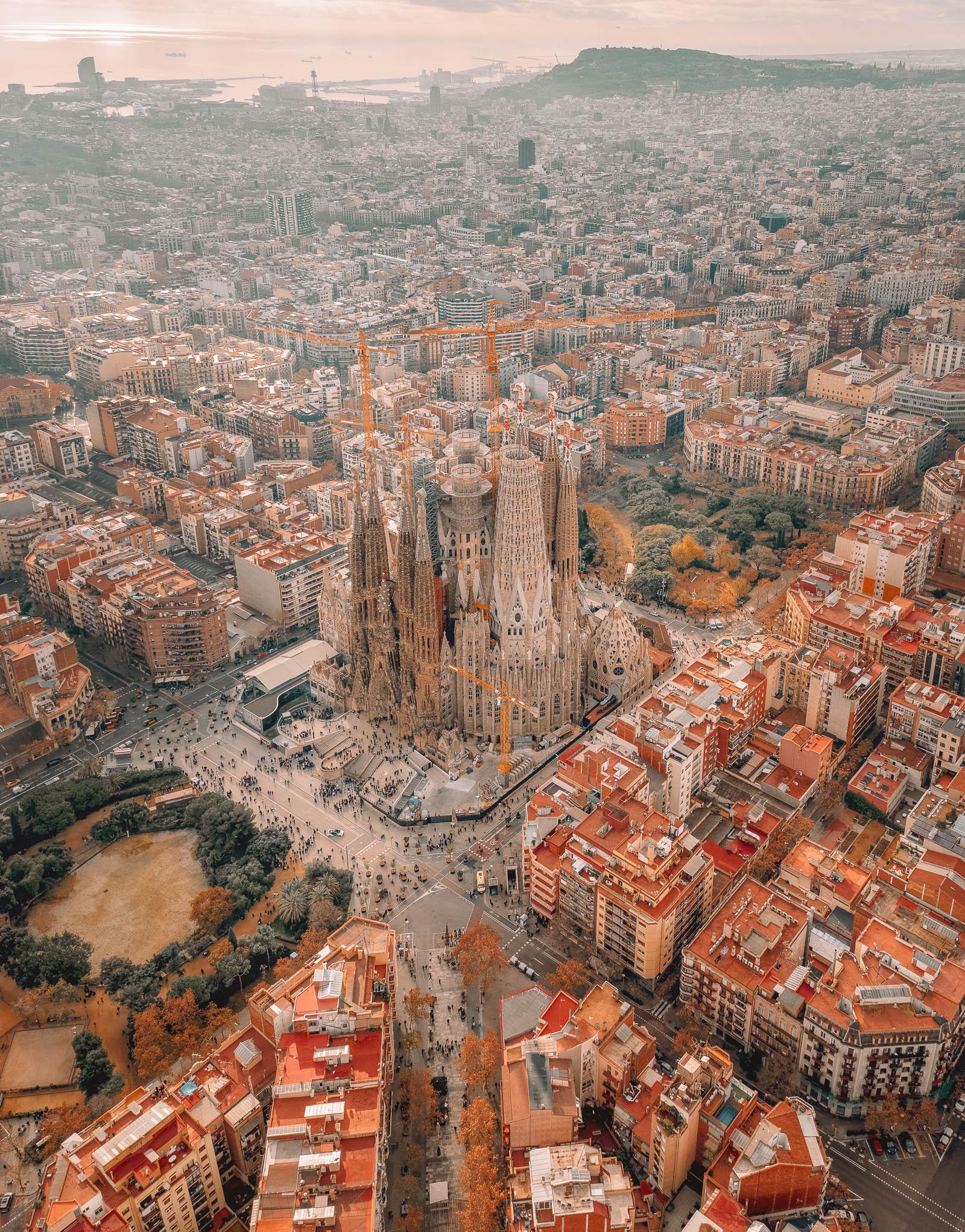 12 Of The Best Restaurants In Barcelona, Spain (6)
