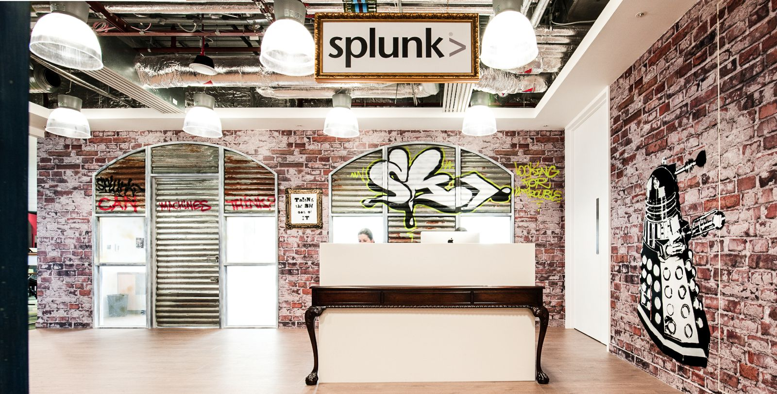 Ultra Cool Office Spaces That You Will Want To Work In (7)
