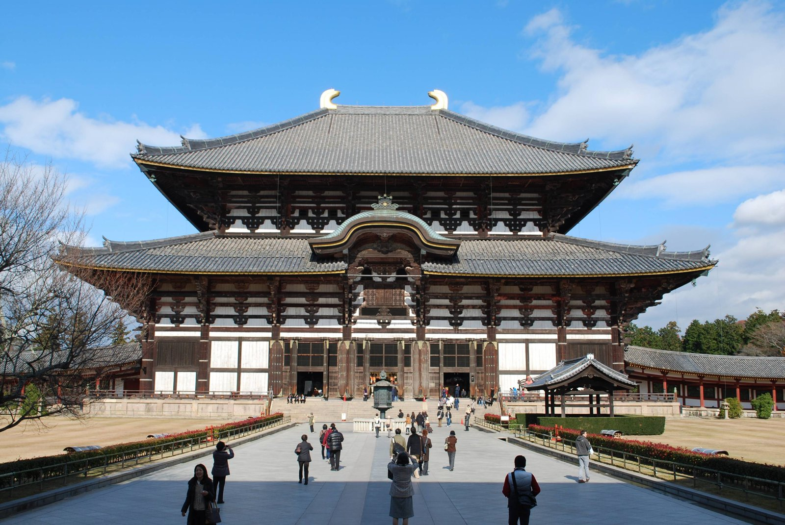 9 Cities You Have to Visit in Japan (4)