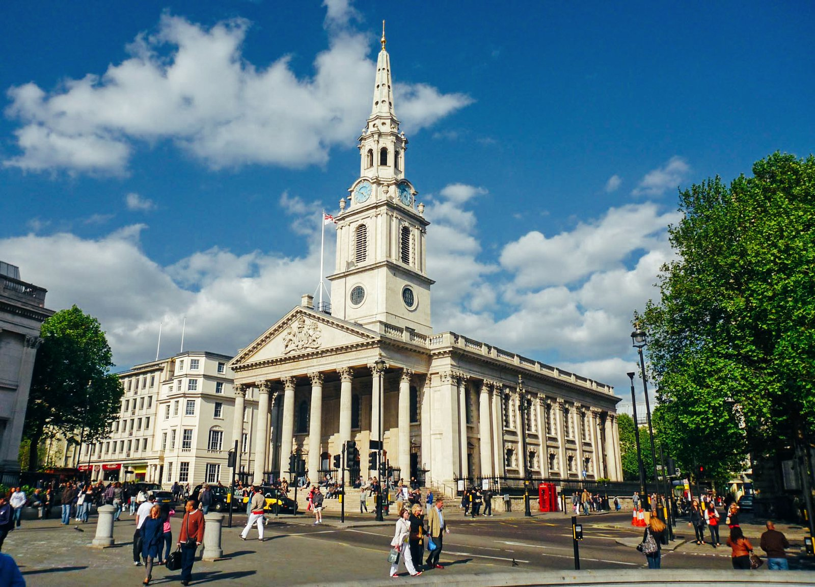 15 Amazing Secret Spots You Have To See In London! (13)
