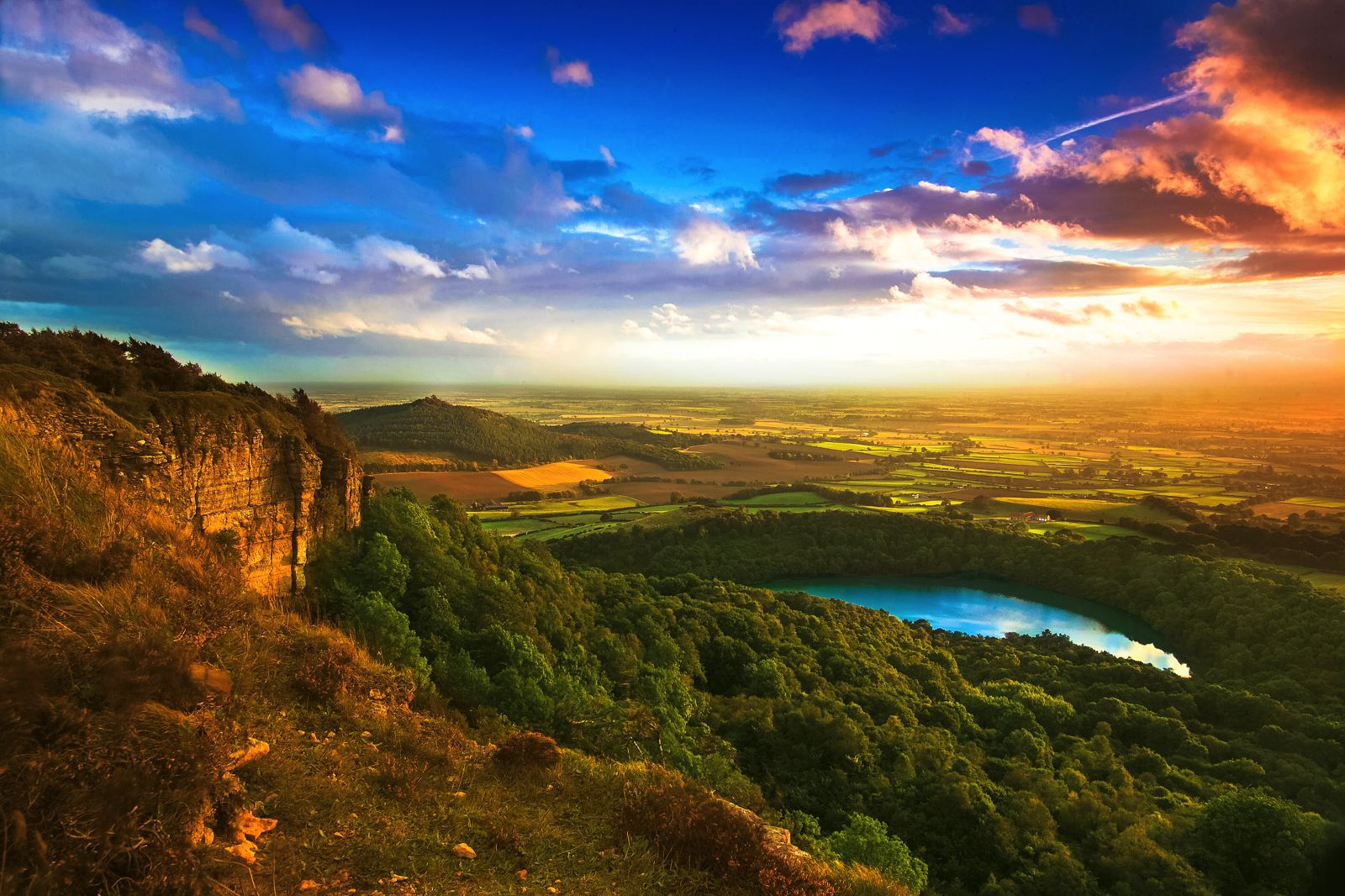The Rolling Hills Of Yorkshire... 11 Photos That Will Make You Want To Visit Yorkshire! (4)