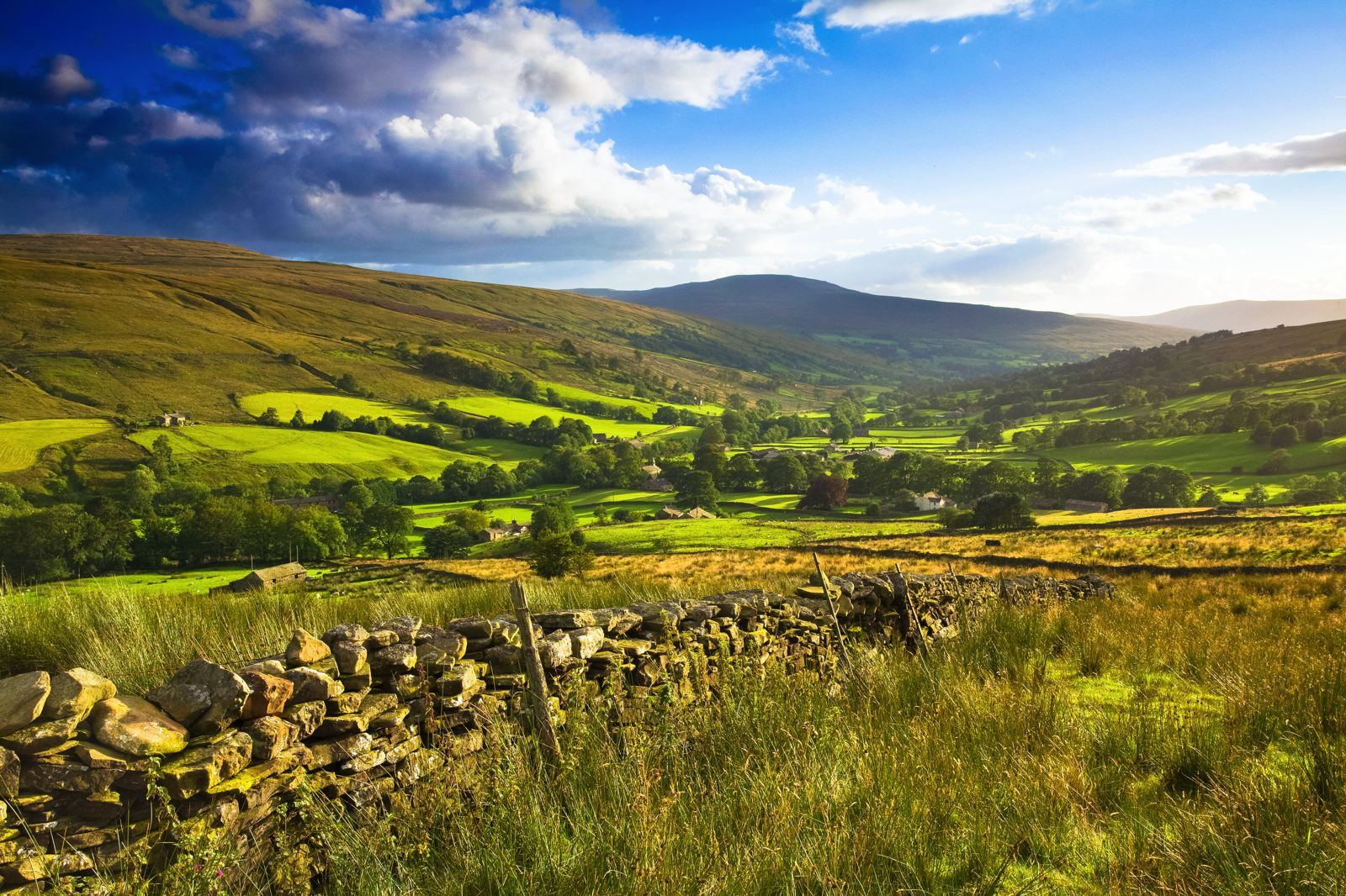 The Rolling Hills Of Yorkshire... 11 Photos That Will Make You Want To Visit Yorkshire! (7)