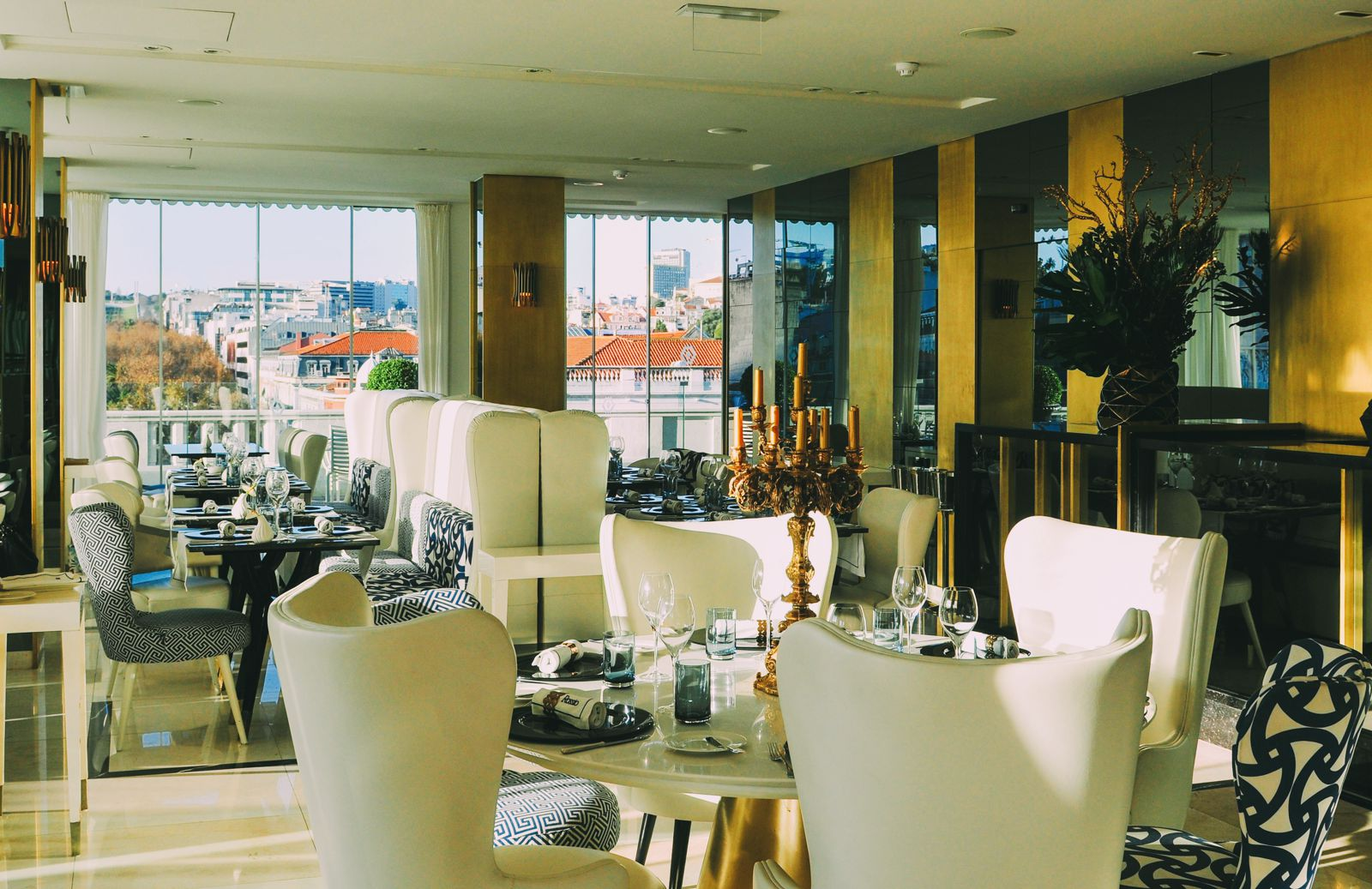 11 Amazing Restaurants With The Best Views In Lisbon, Portugal (4)