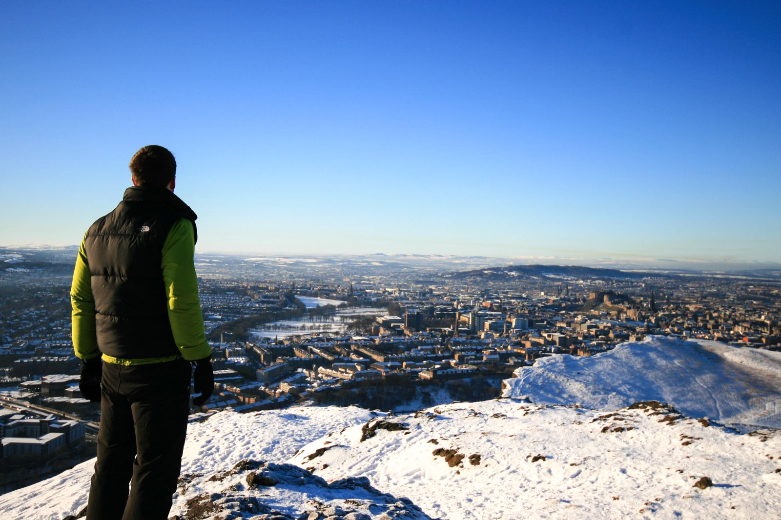 14 Essential Experiences You Have To Have In Edinburgh (1)