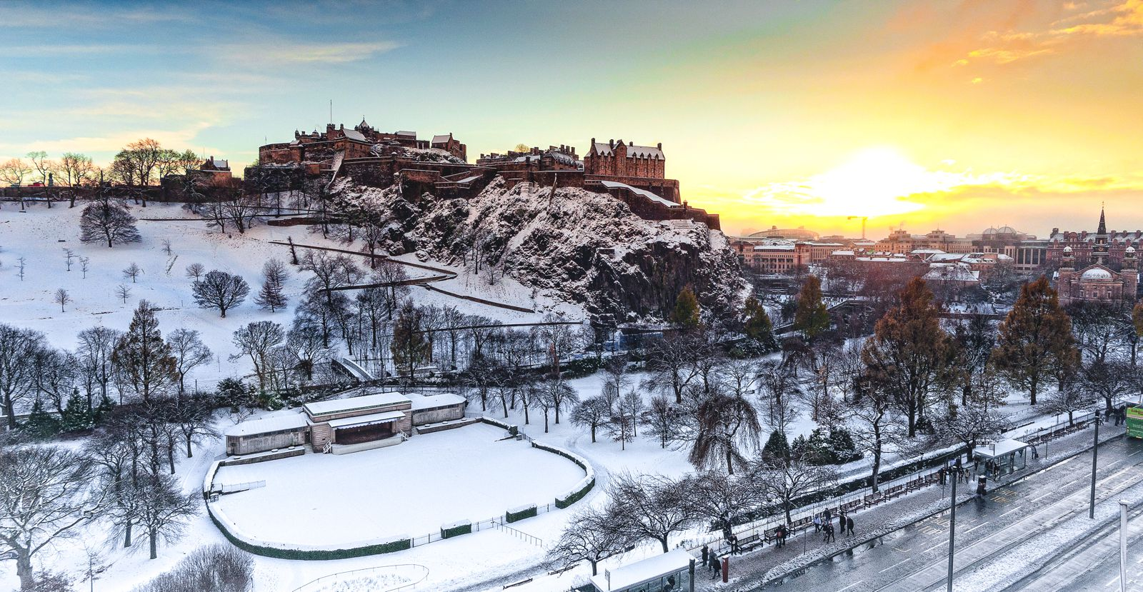 14 Essential Experiences You Have To Have In Edinburgh (3)