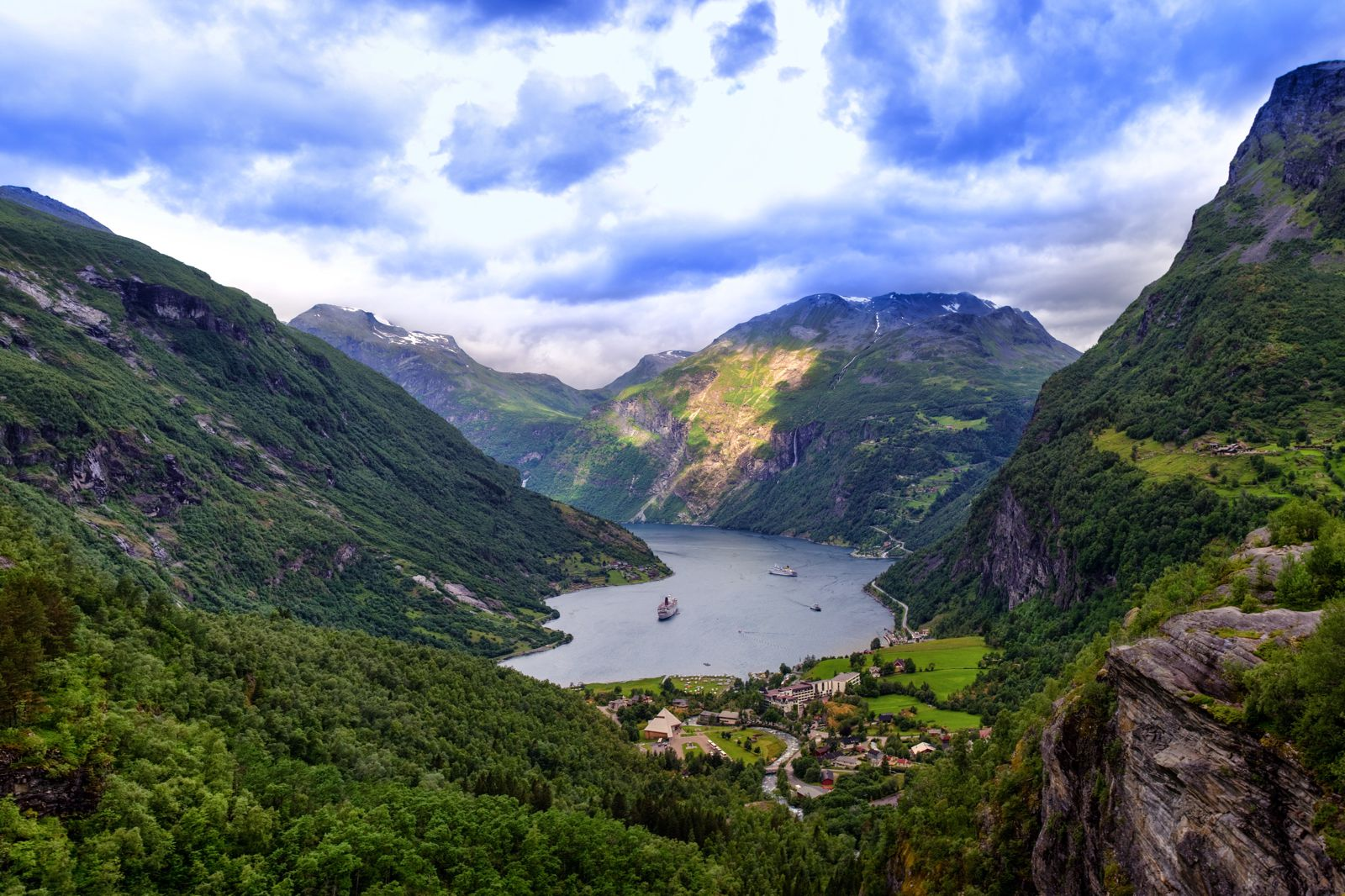 10 Beautiful Towns You Should Visit in Norway (5)
