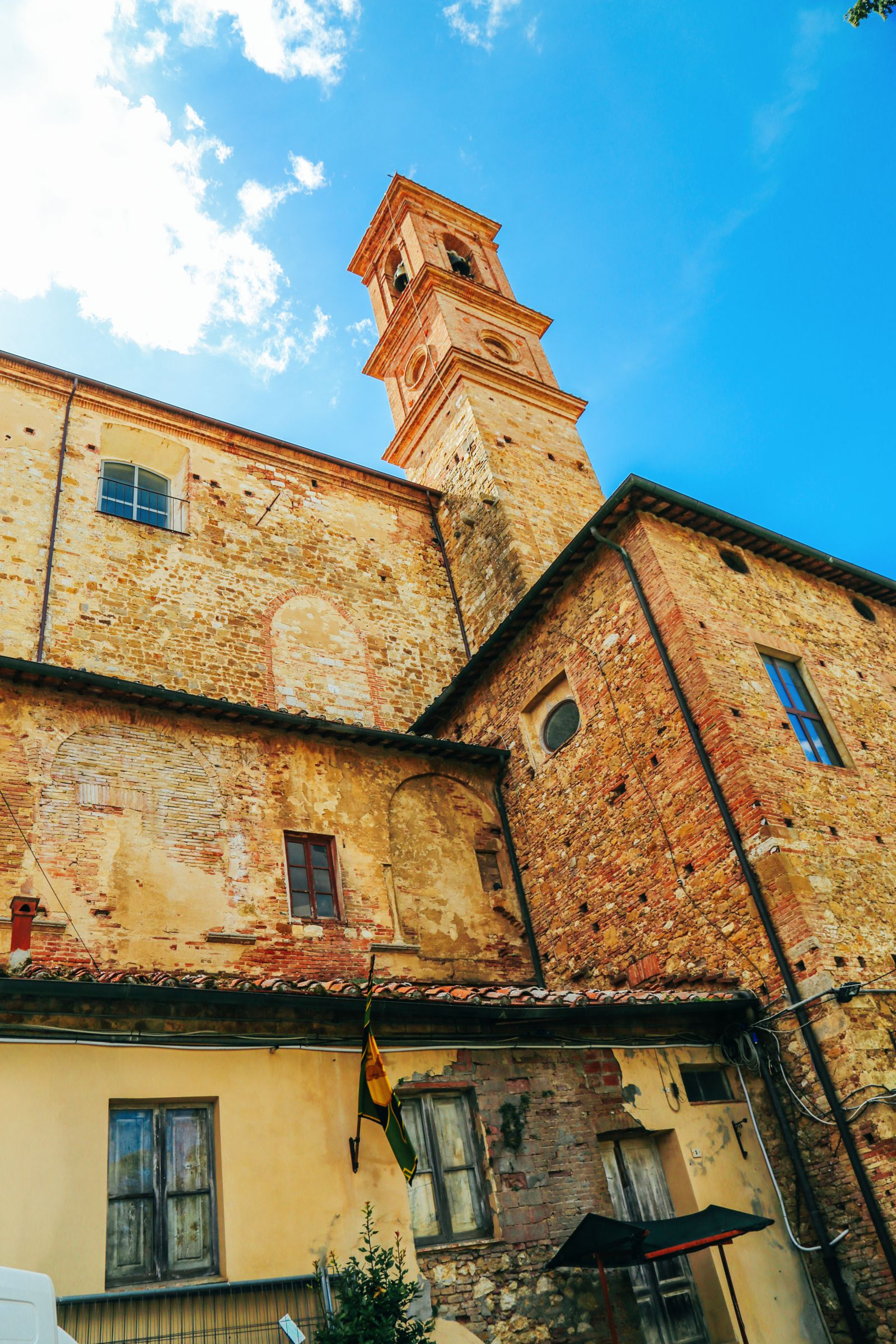 Montepulciano - The Italian Medieval Town In The Mountains... (4)